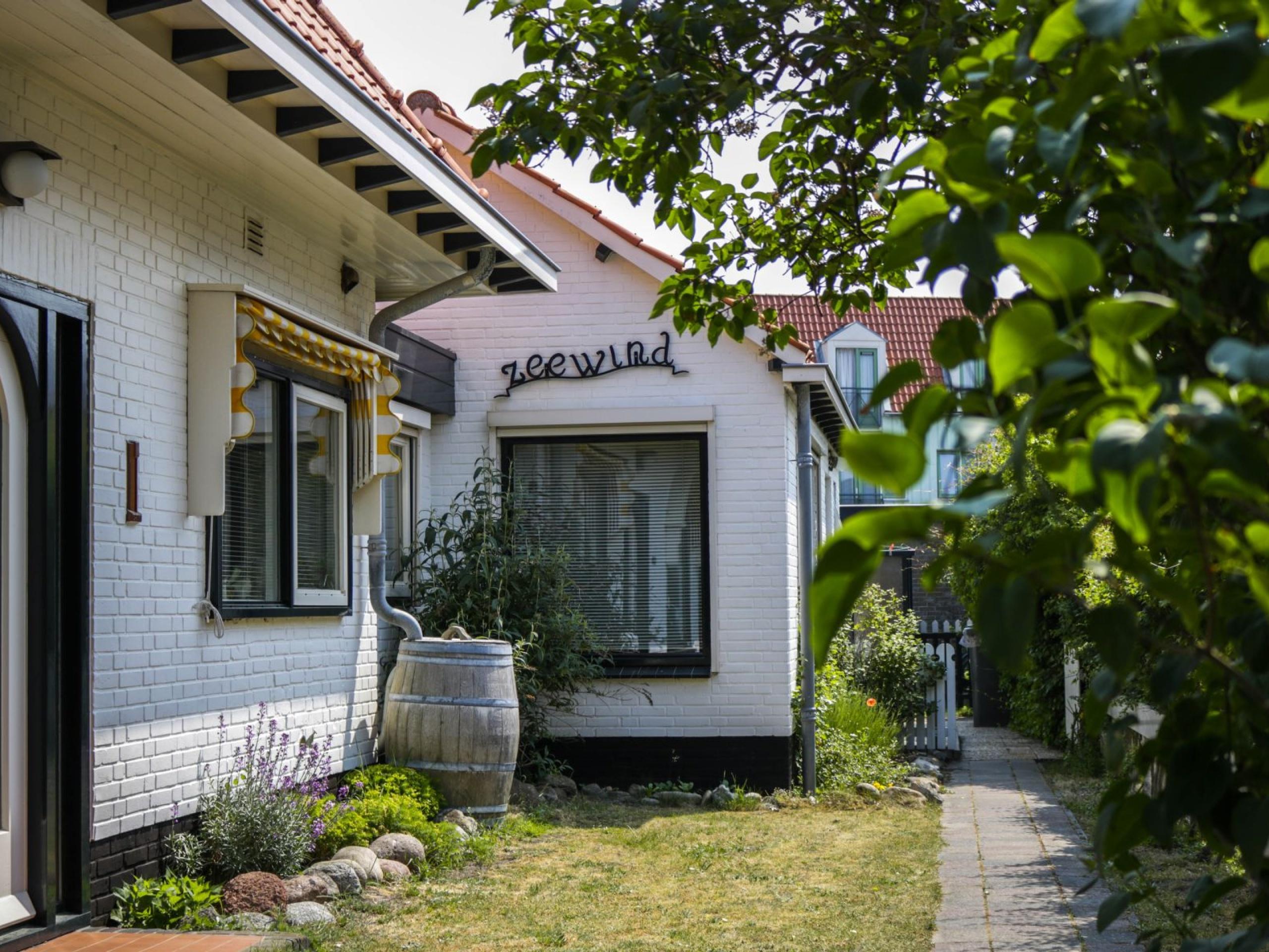 Gemütliches Ferienhaus nur wenige Gehminuten zum Strand in De Koog
