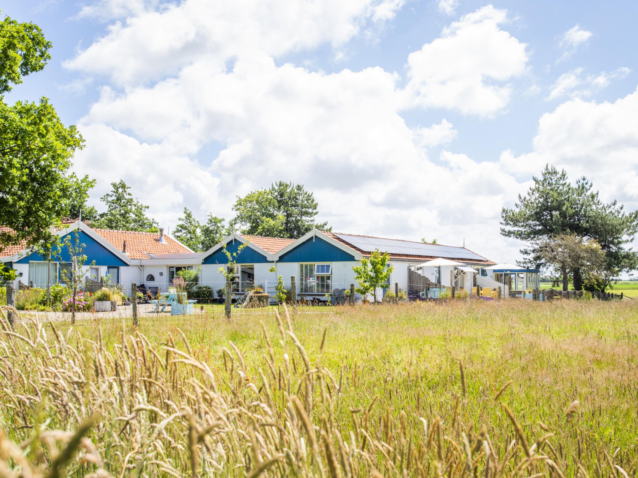 Verrassend royaal vakantiehuis met een fijn terras en fraai uitzicht, vlakbij het bos De Dennen