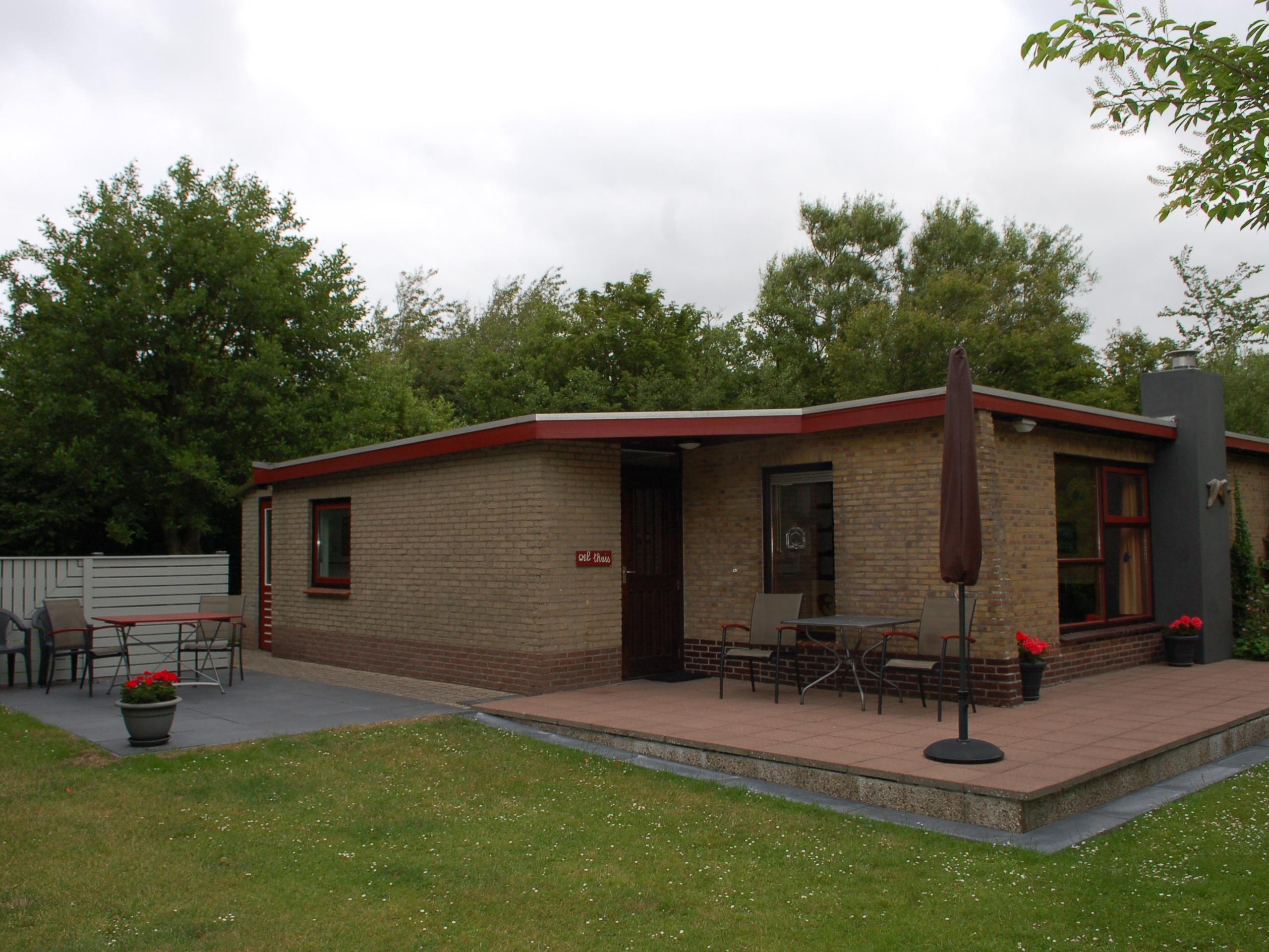 Rustig gelegen bungalow met riante tuin dichtbij natuurgebied de Slufter