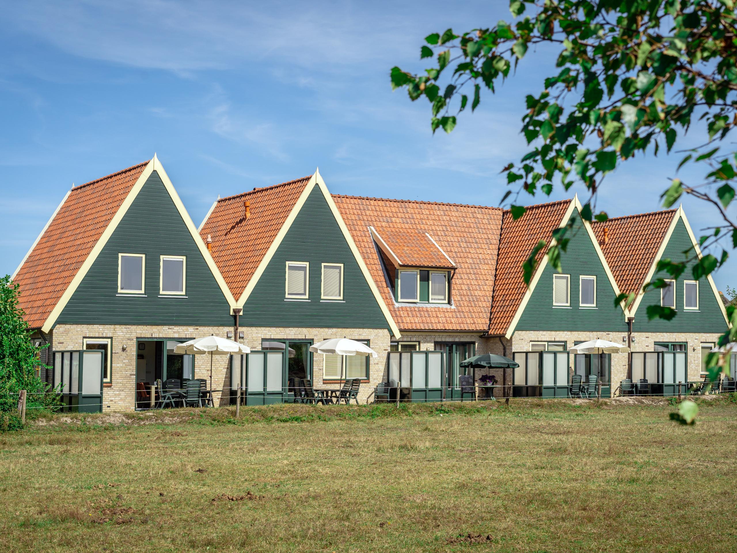 Vakantiehuis met uitzicht over heidevelden en weiland nabij De Koog