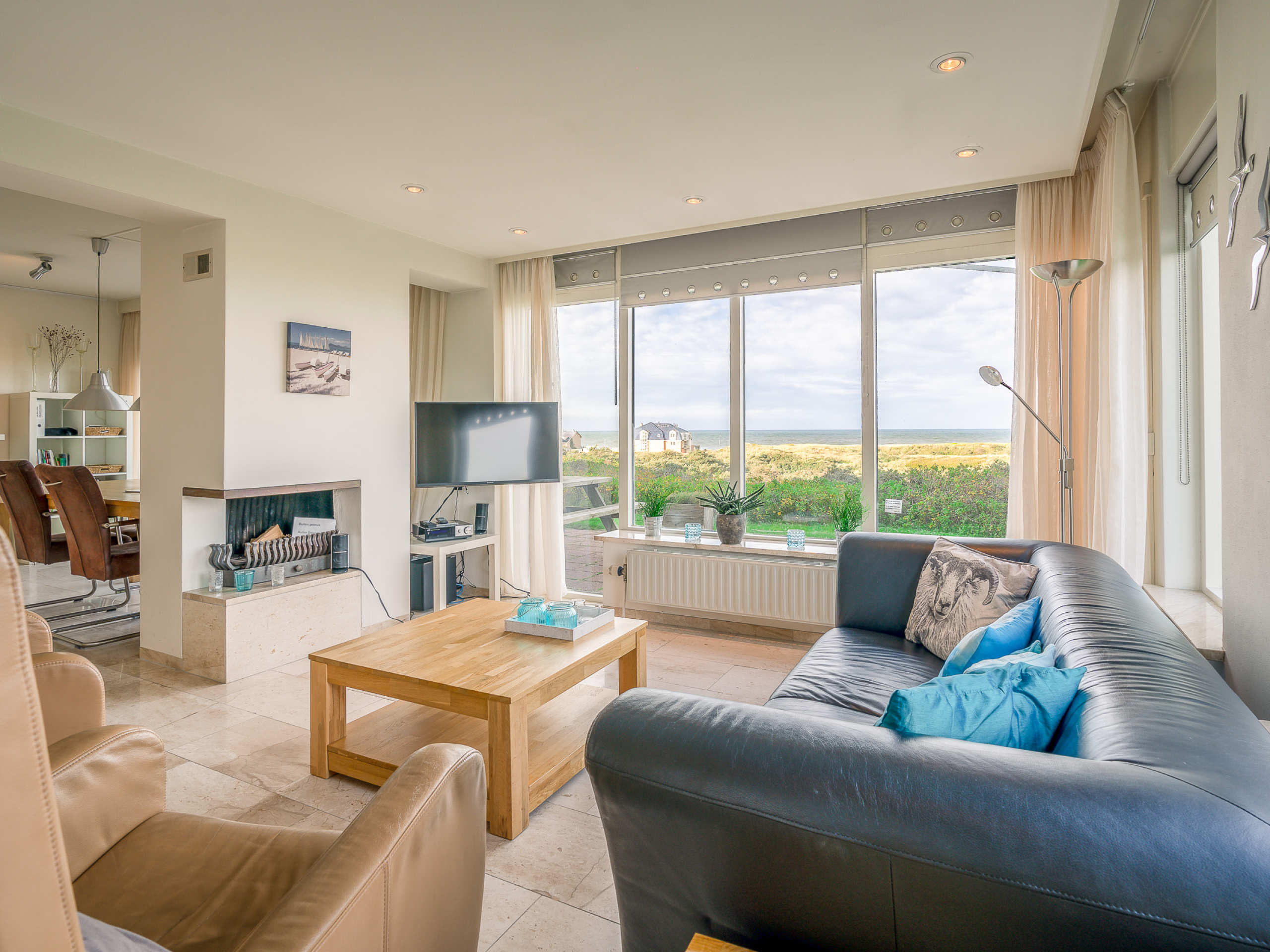 Apartment in a complex on the highest dune in Texel