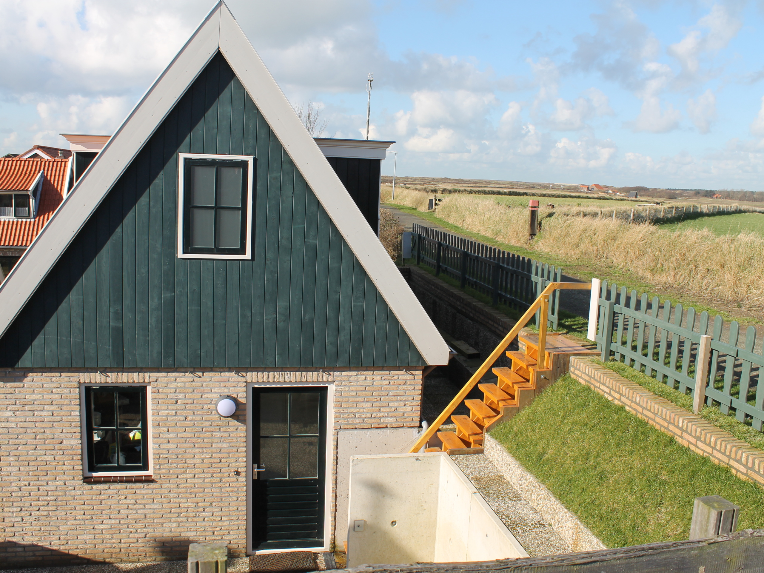 Geräumiges freistehendes Ferienhaus im malerischen Dorf Den Hoorn