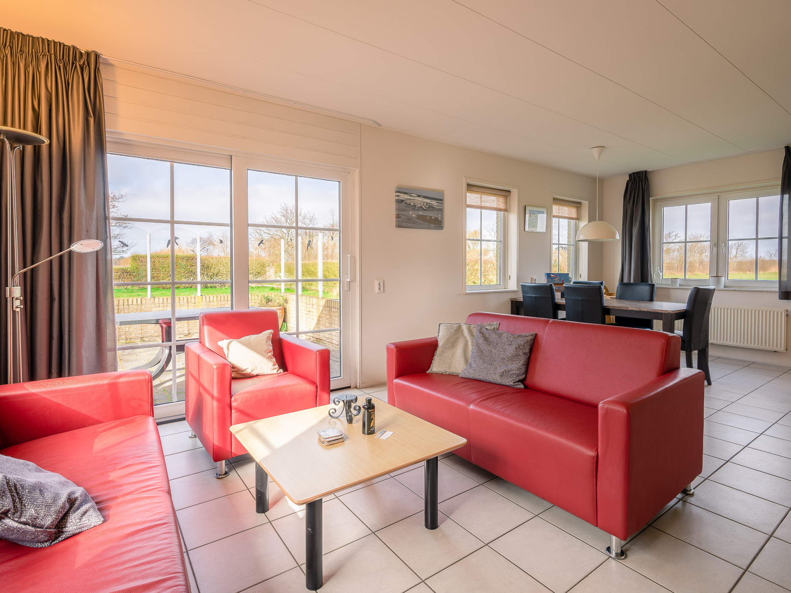 Luxury large holiday home with wide views on the edge of De Koog