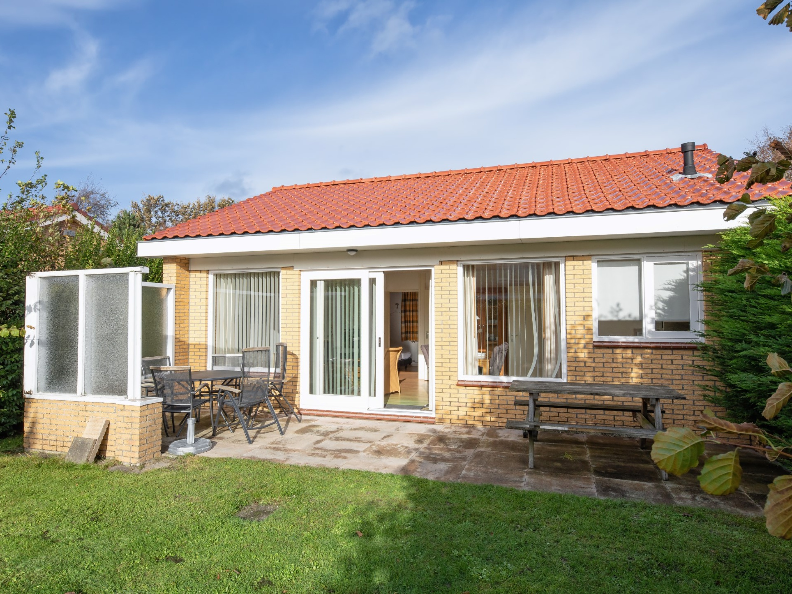 Holiday home near the National Park of the Dunes of Texel and the North Sea