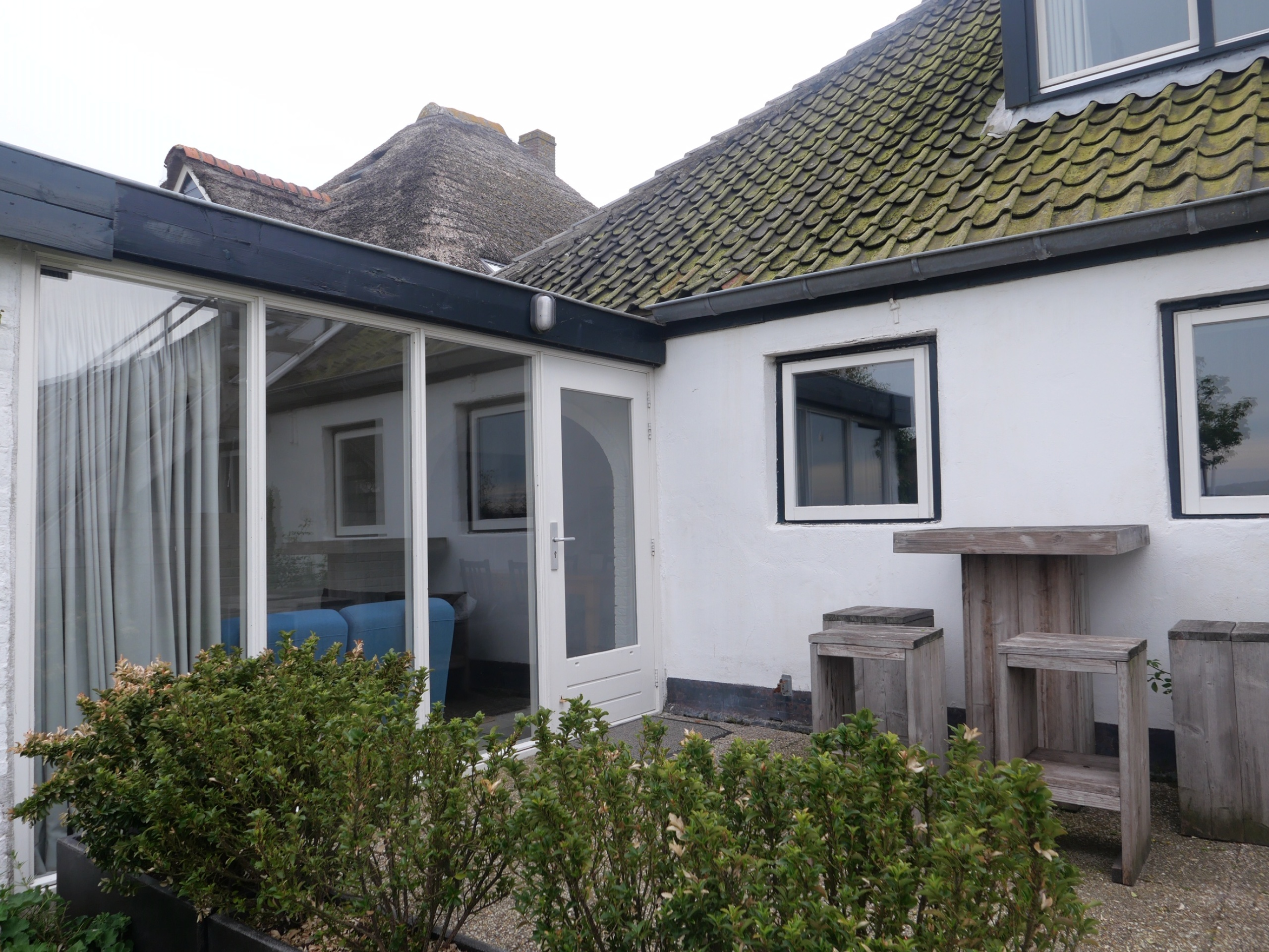 Holiday home in a farmhouse in Den Hoorn, 10 minutes from the beach