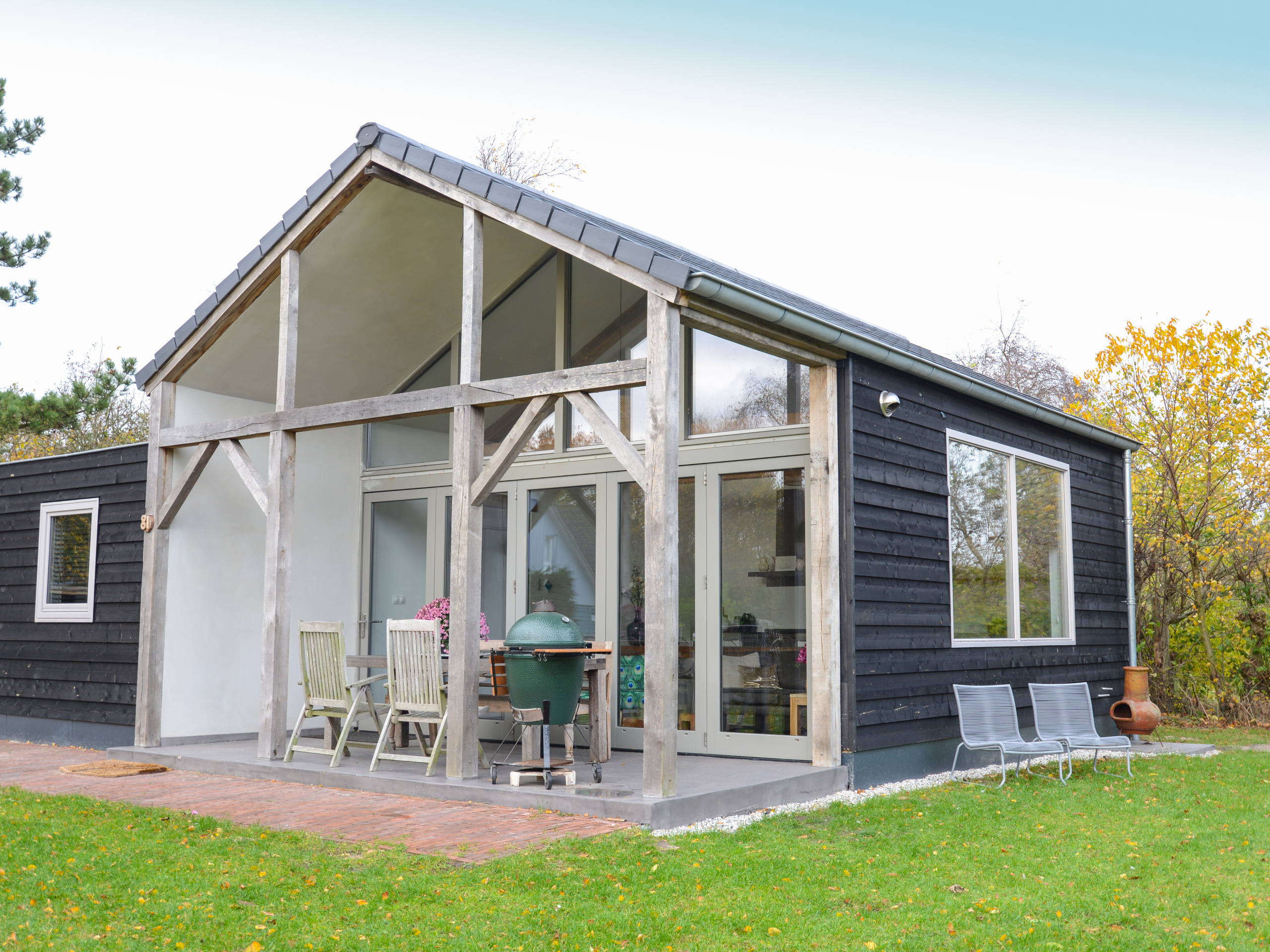 Attraktives modernes Ferienhaus mit großem Garten bei De Koog