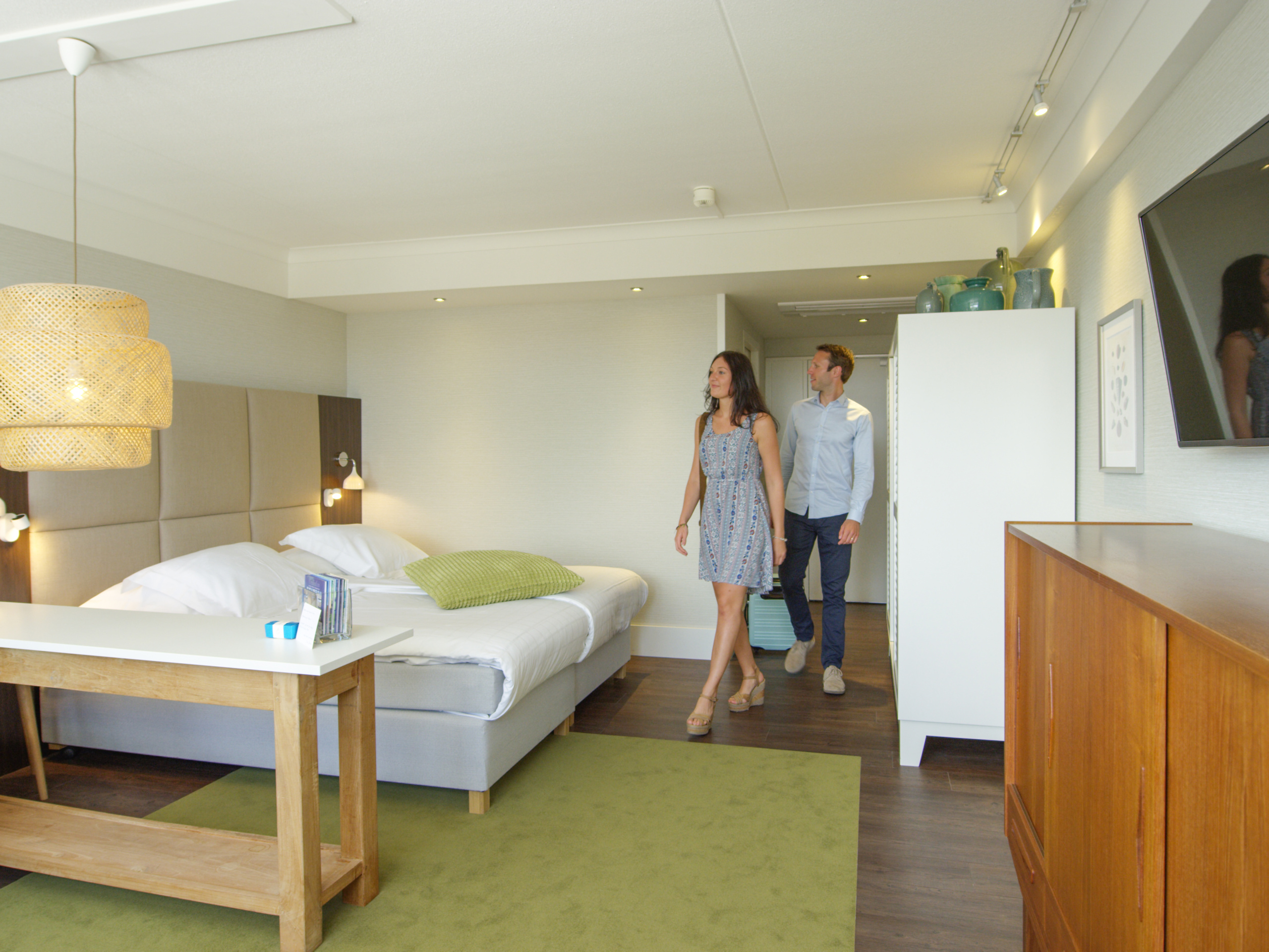 Unwind at the ultimate luxury suite in attractive hotel in De Koog