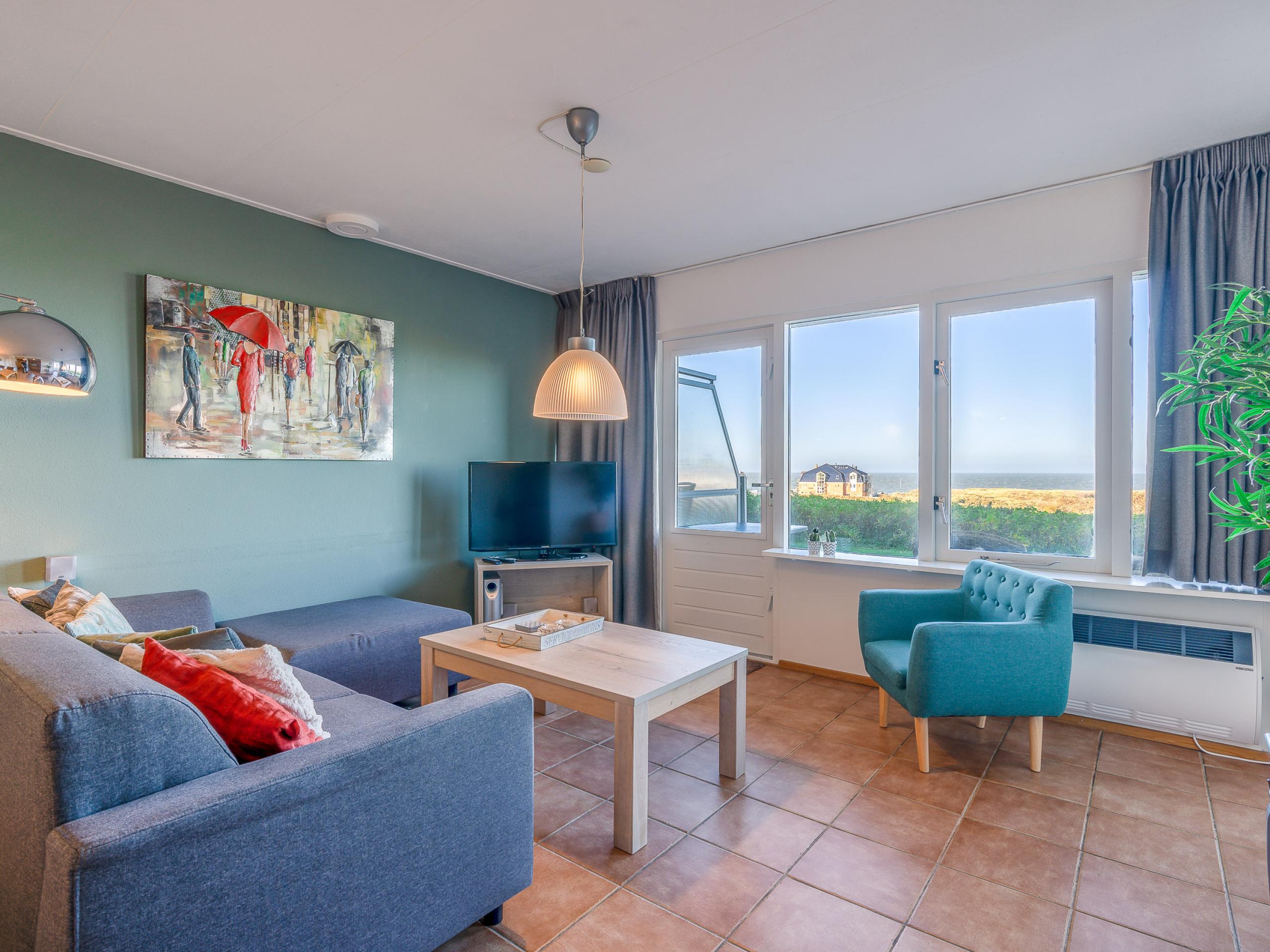 Comfortable apartment near De Koog with sea views