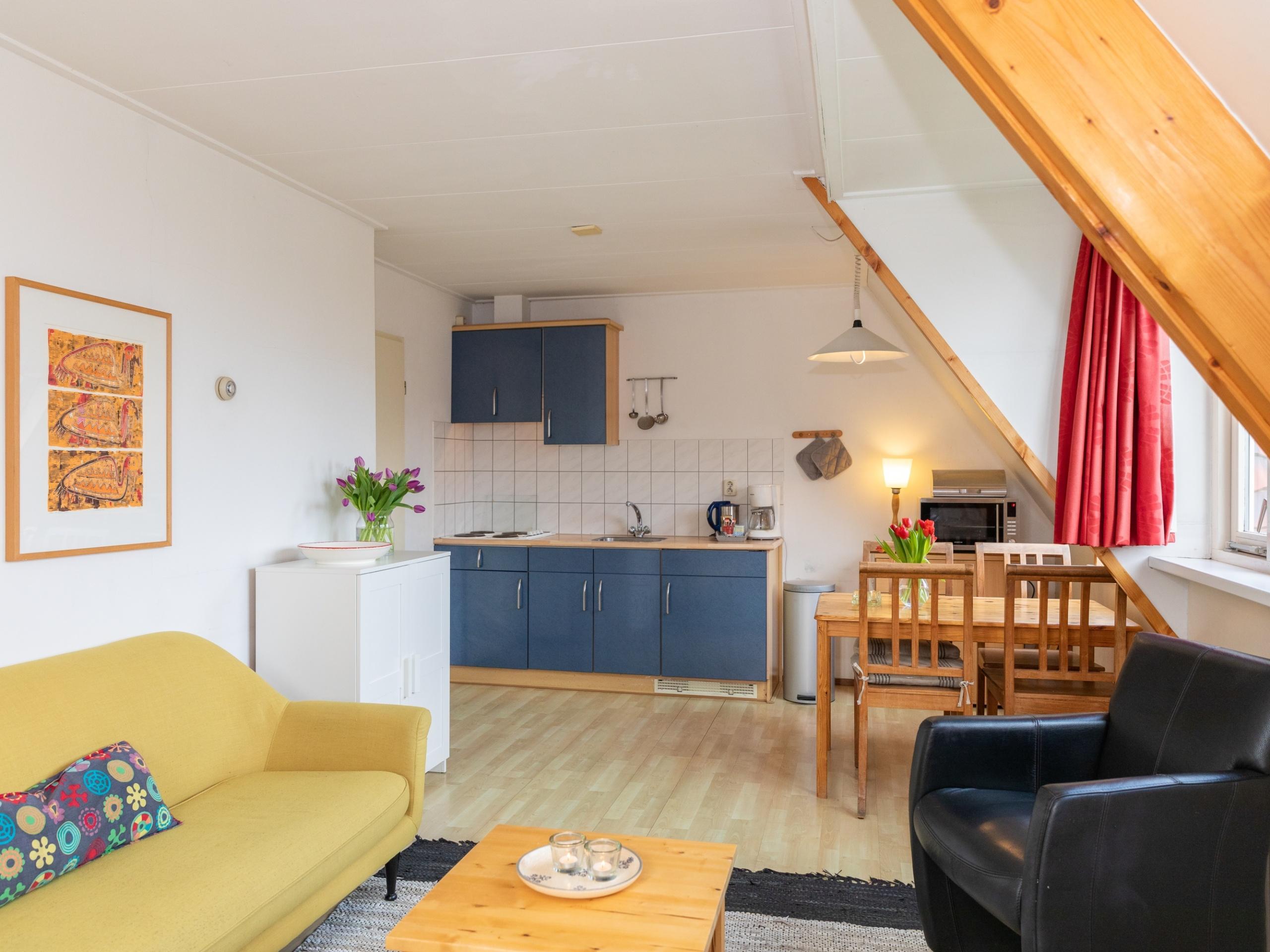 Farbenfrohes Appartement mit Aussicht im malerischen Den Hoorn