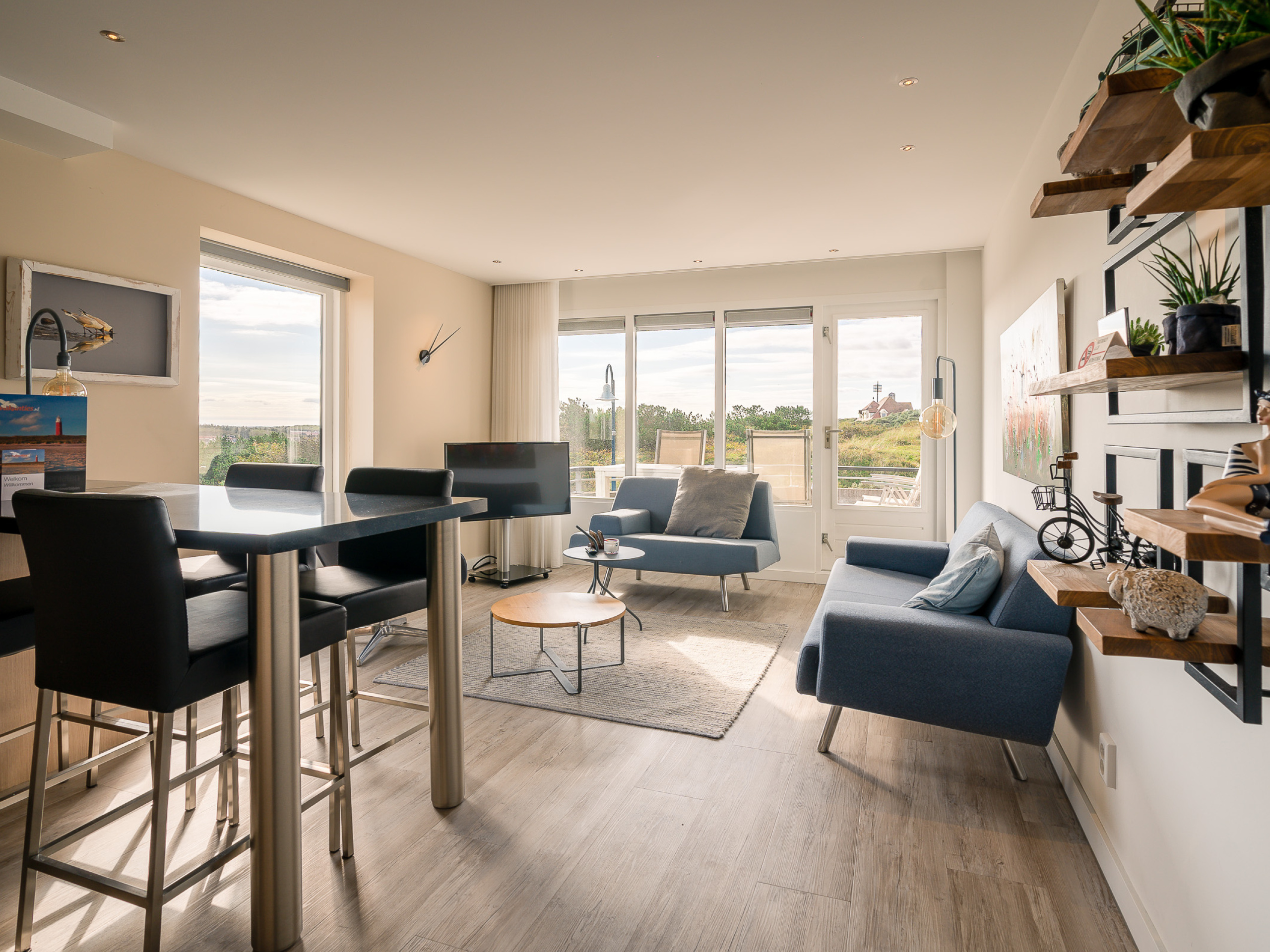 Luxury corner apartment with views of De Koog and North Sea