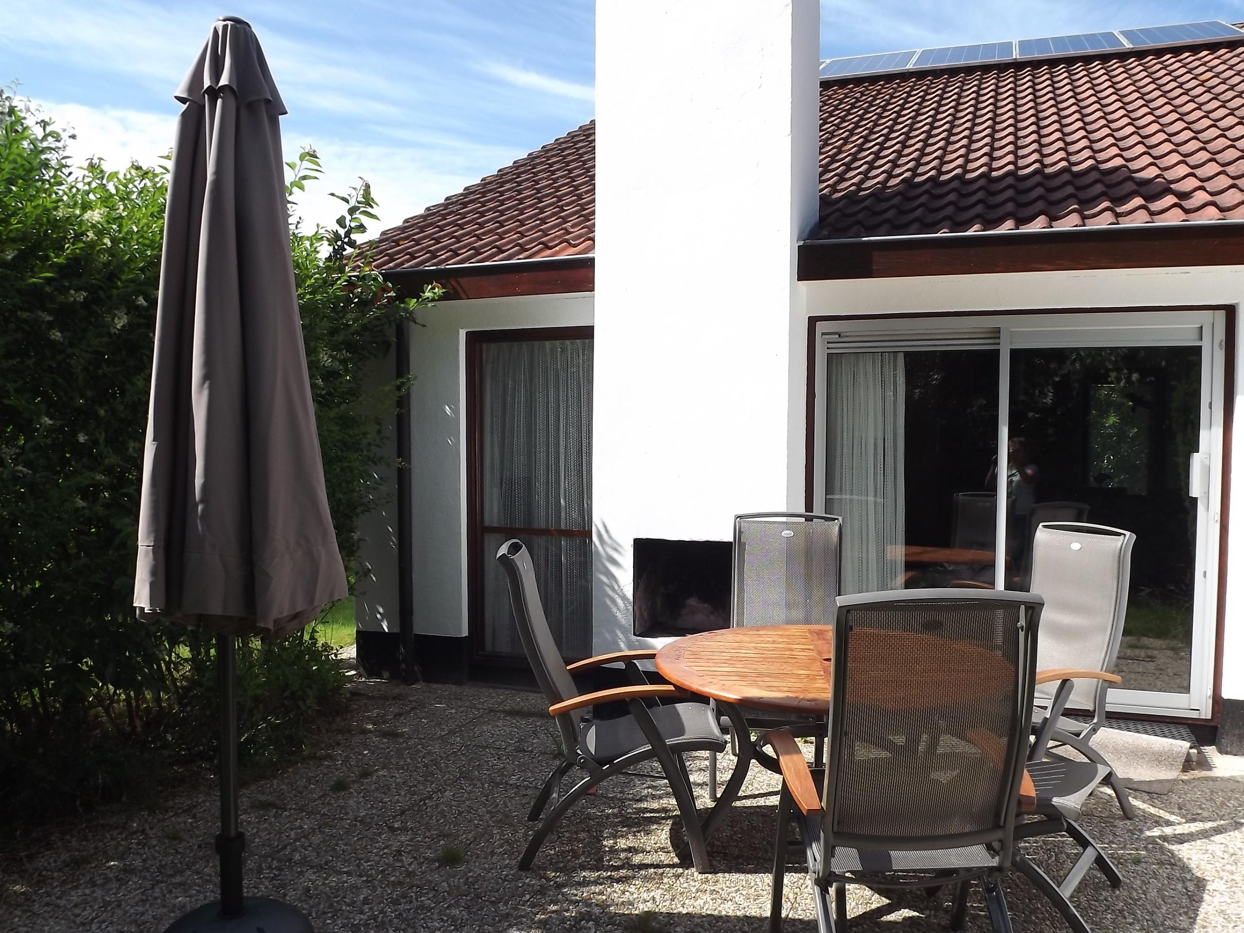 Ideaal gelegen vakantiehuis met heerlijke tuin in het Dennenbos