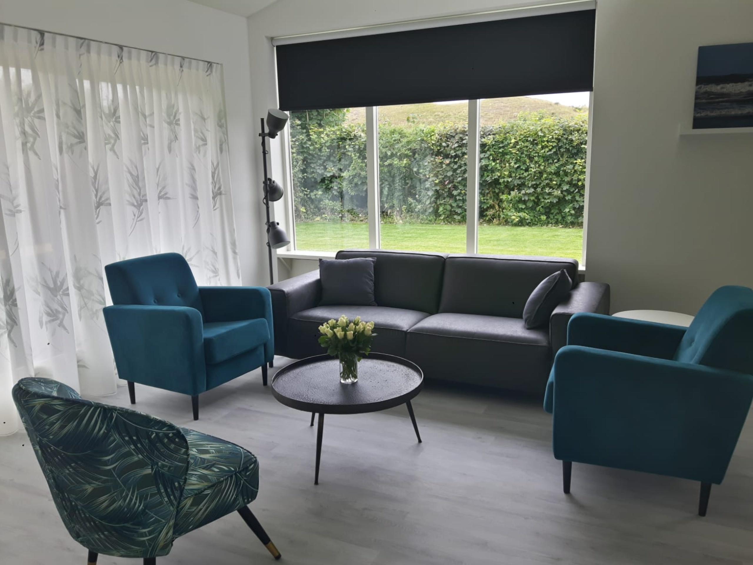 Genießen Sie ein komfortables Ferienhaus mit einem schönen Garten in der Nähe von De Slufter