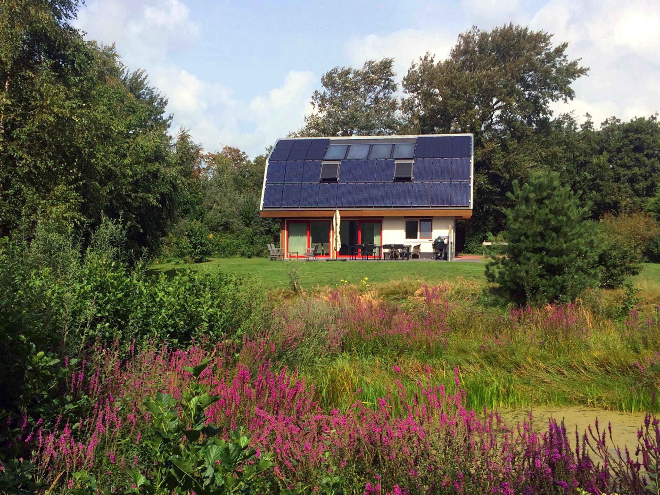 Luxuriöses Ferienhaus in ruhiger Lage am Rand vom Waldgebiet