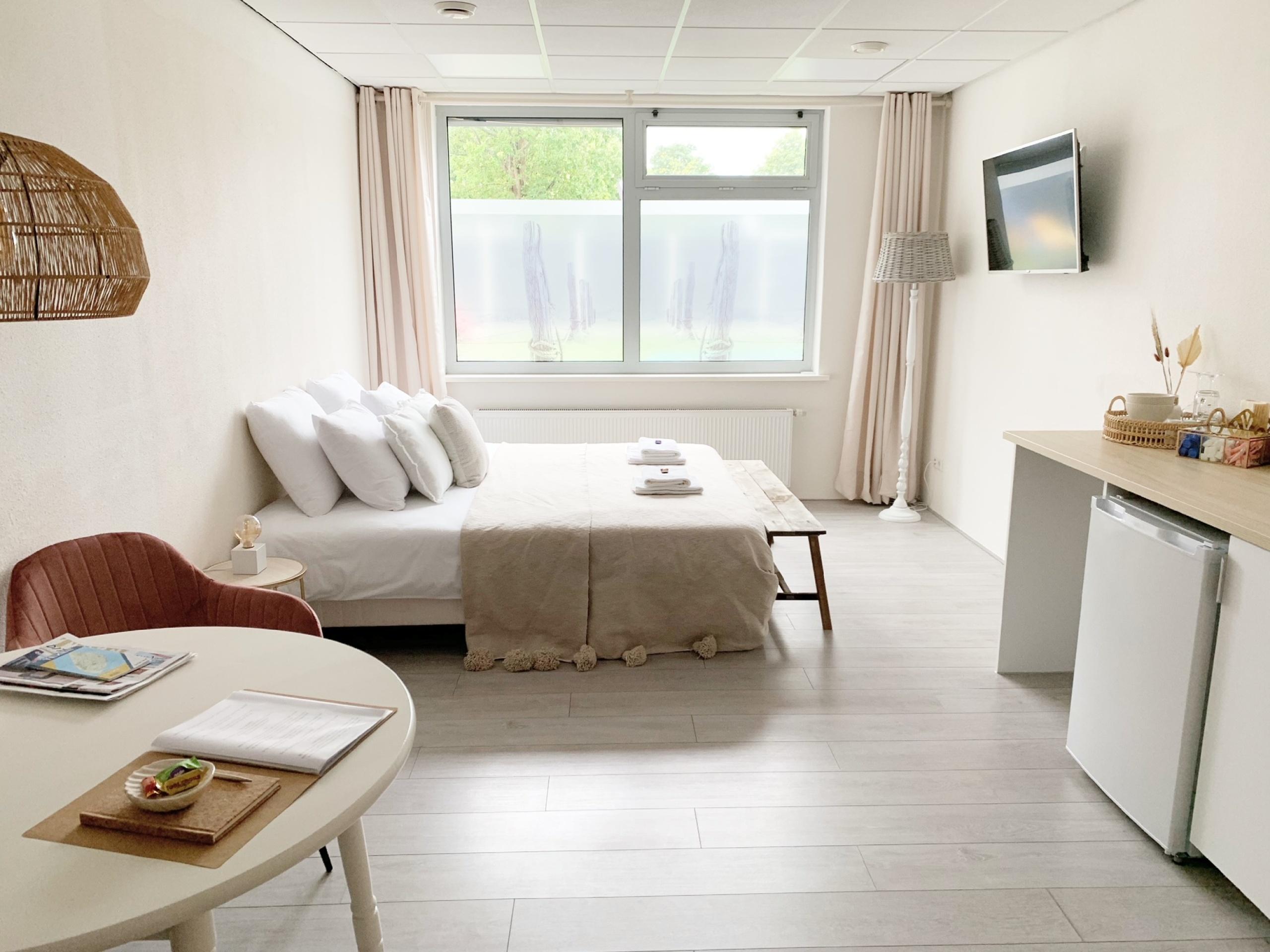 Centraal in het hart van Den Burg gelegen B&B met eigen badkamer