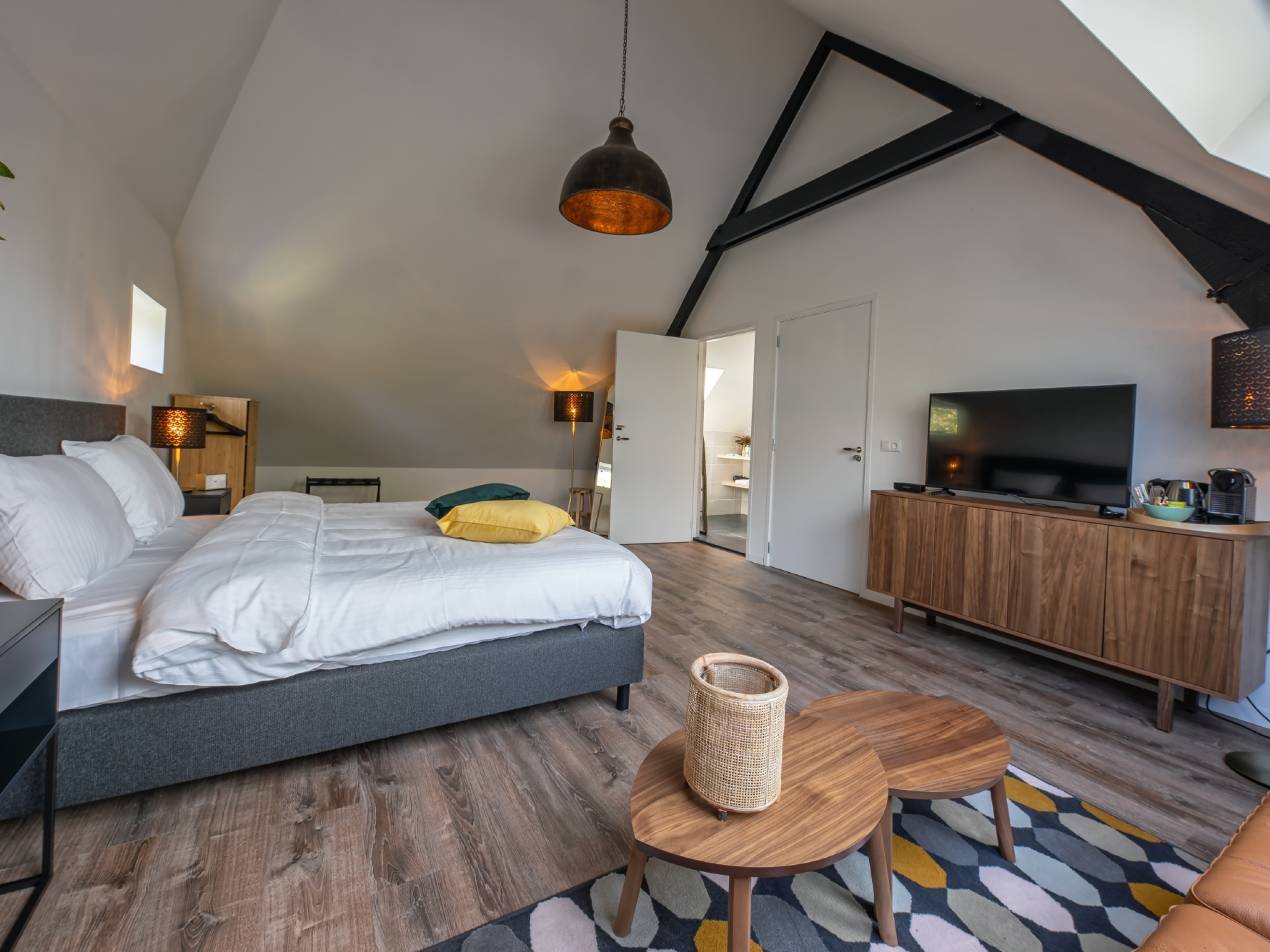 Suite im Landhausstil auf einem ehemaligen Heuboden mit Garten in der Nähe von Den Hoorn