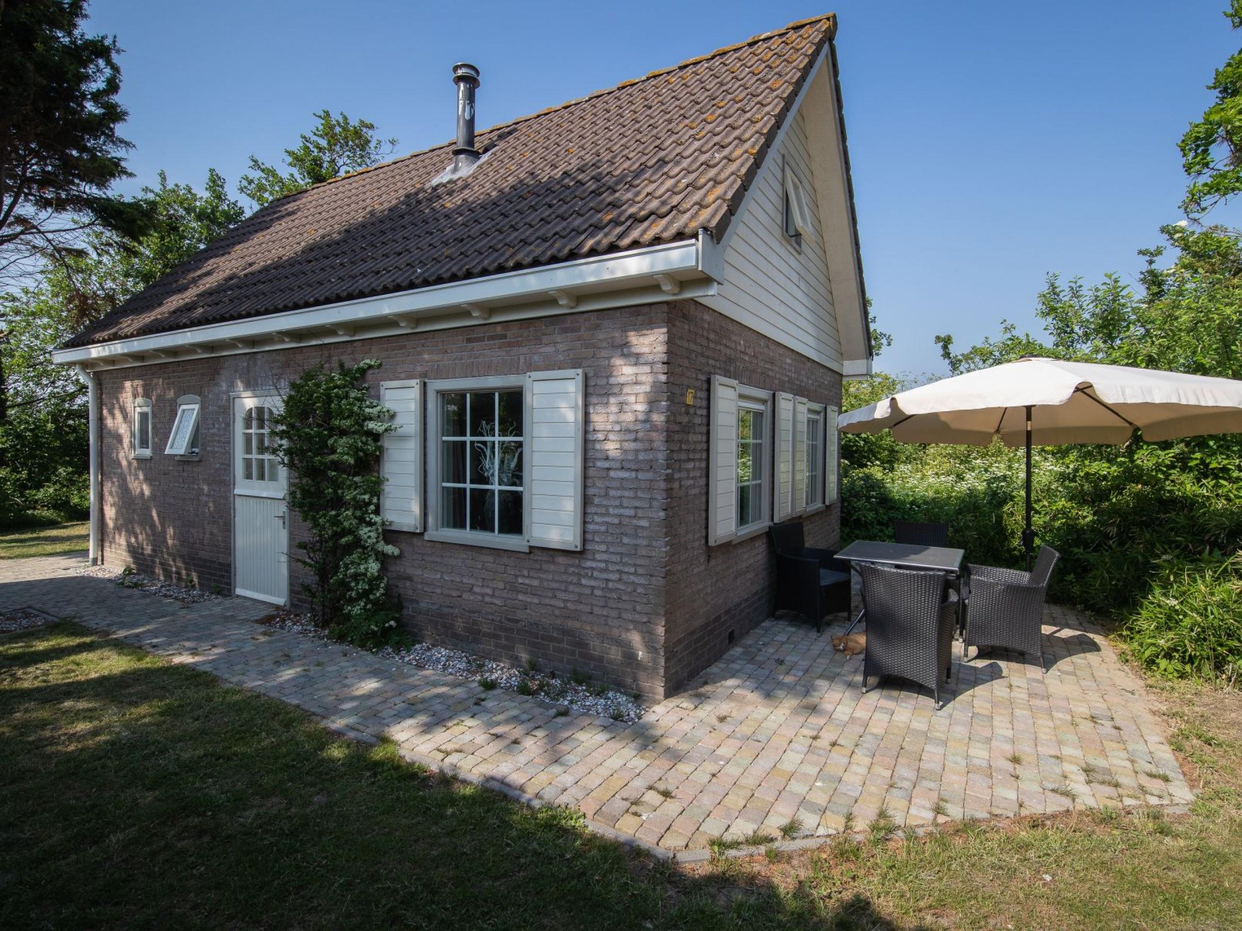 Super vakantiehuisje, nabij Den Burg, in een rustige omgeving.