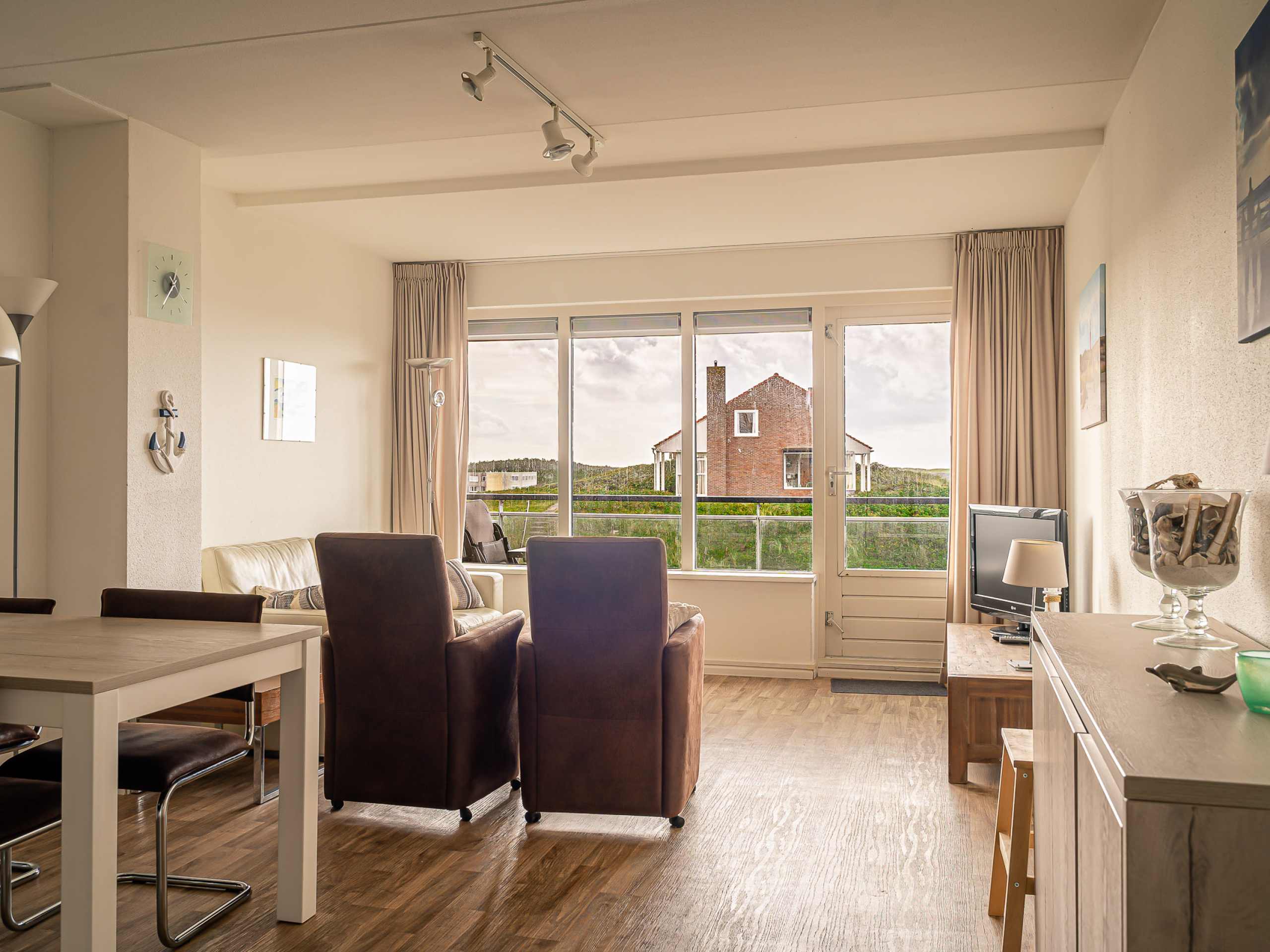 Lovely apartment with views of De Koog and the dunes