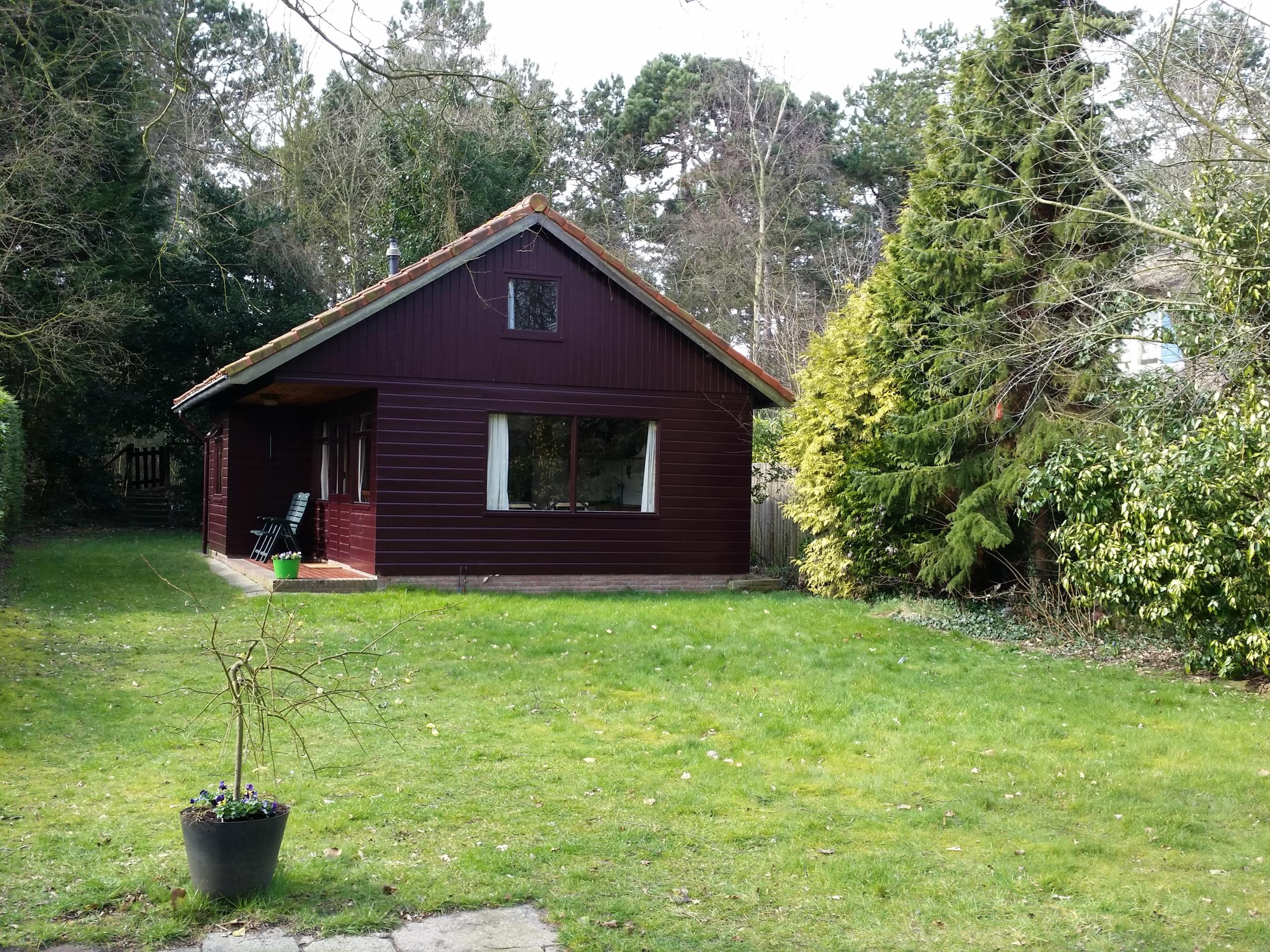 Knus vakantiehuis met heerlijke grote tuin nabij het bos en het gezellige dorp De Koog
