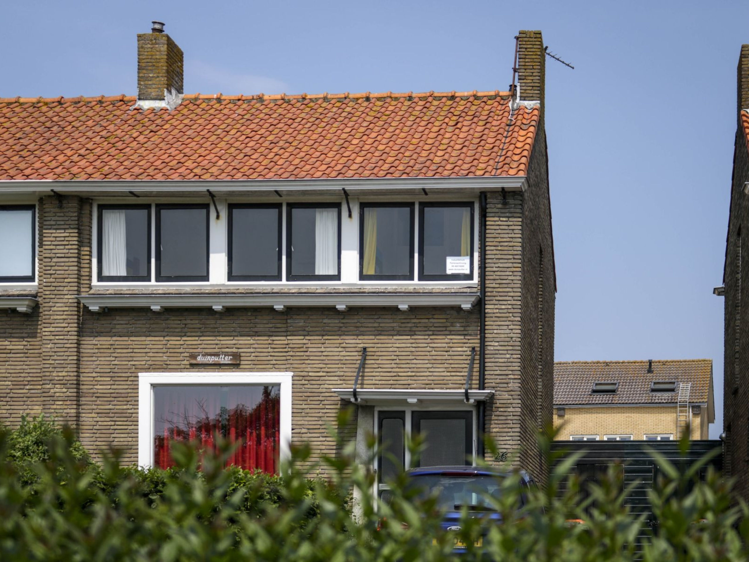 Holiday home in ideal location near the sea and beach in De Koog