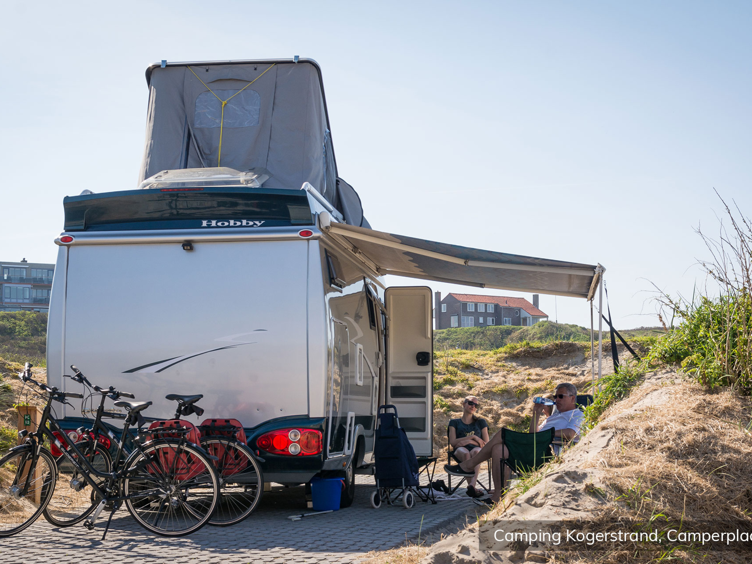 Relax and camp in the dunes nearby the beach in De Koog