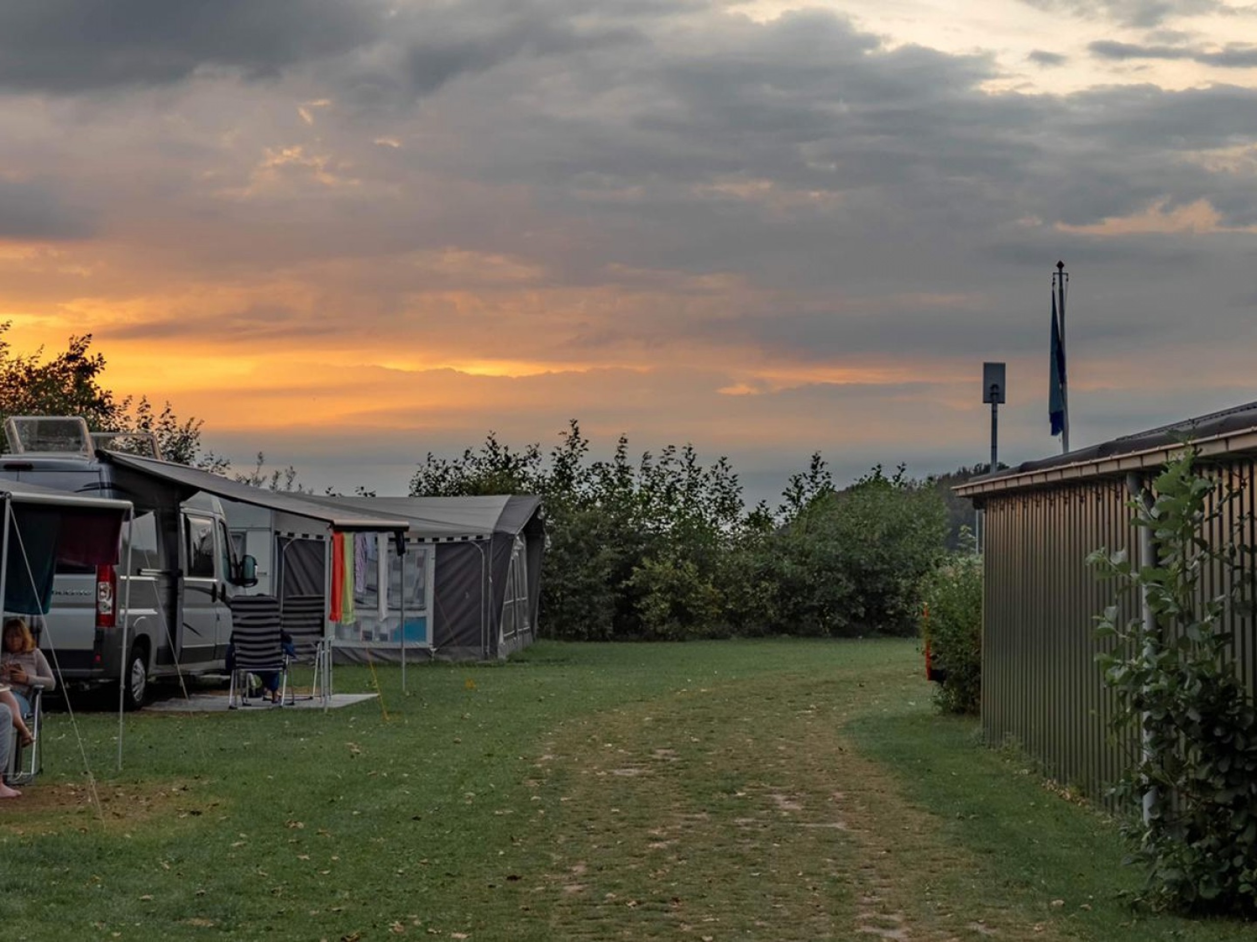 Small and friendly campsite with private sanitary facilities
