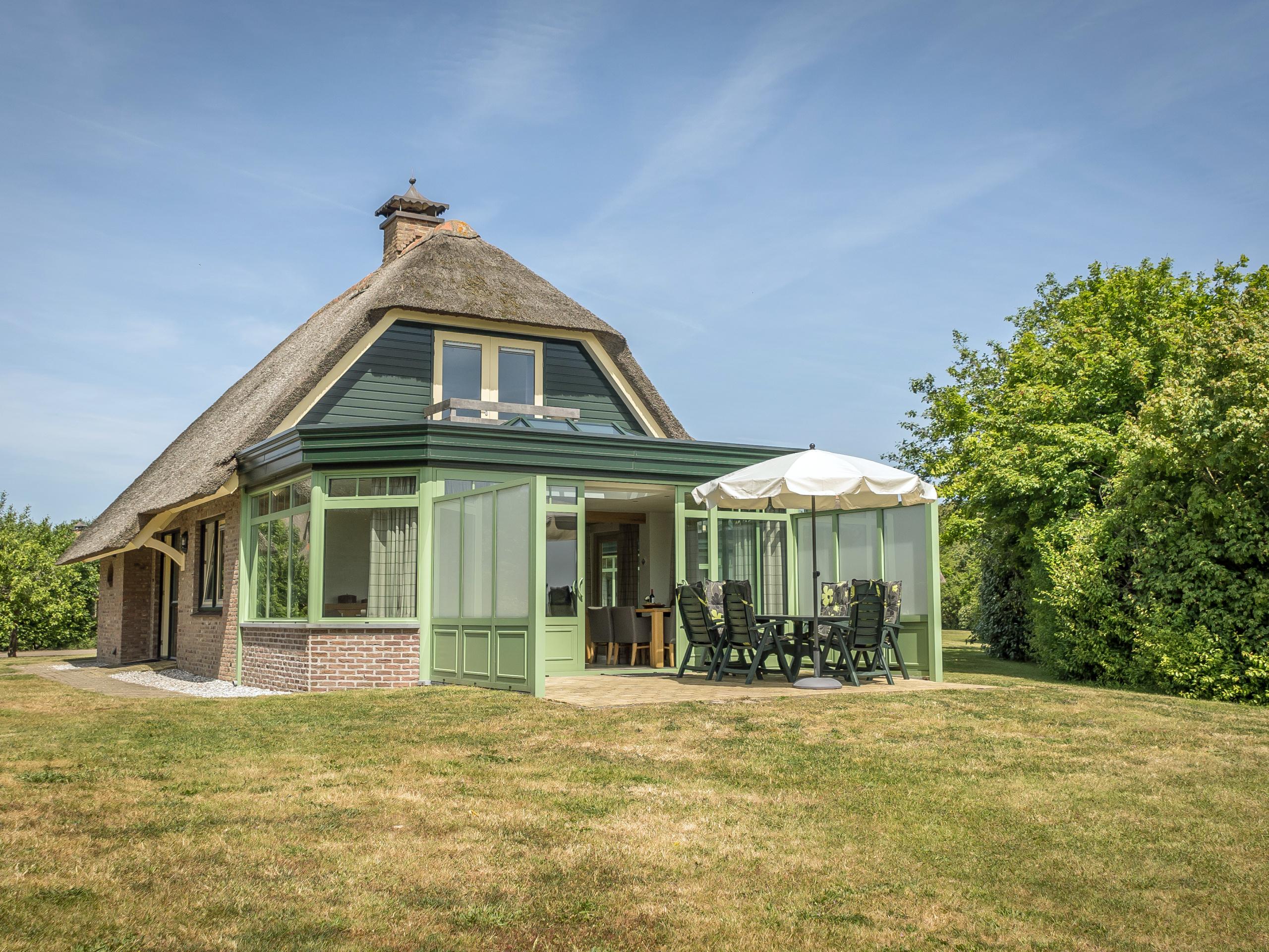 Ruime luxe villa rustig gelegen vlakbij het strand en De Koog