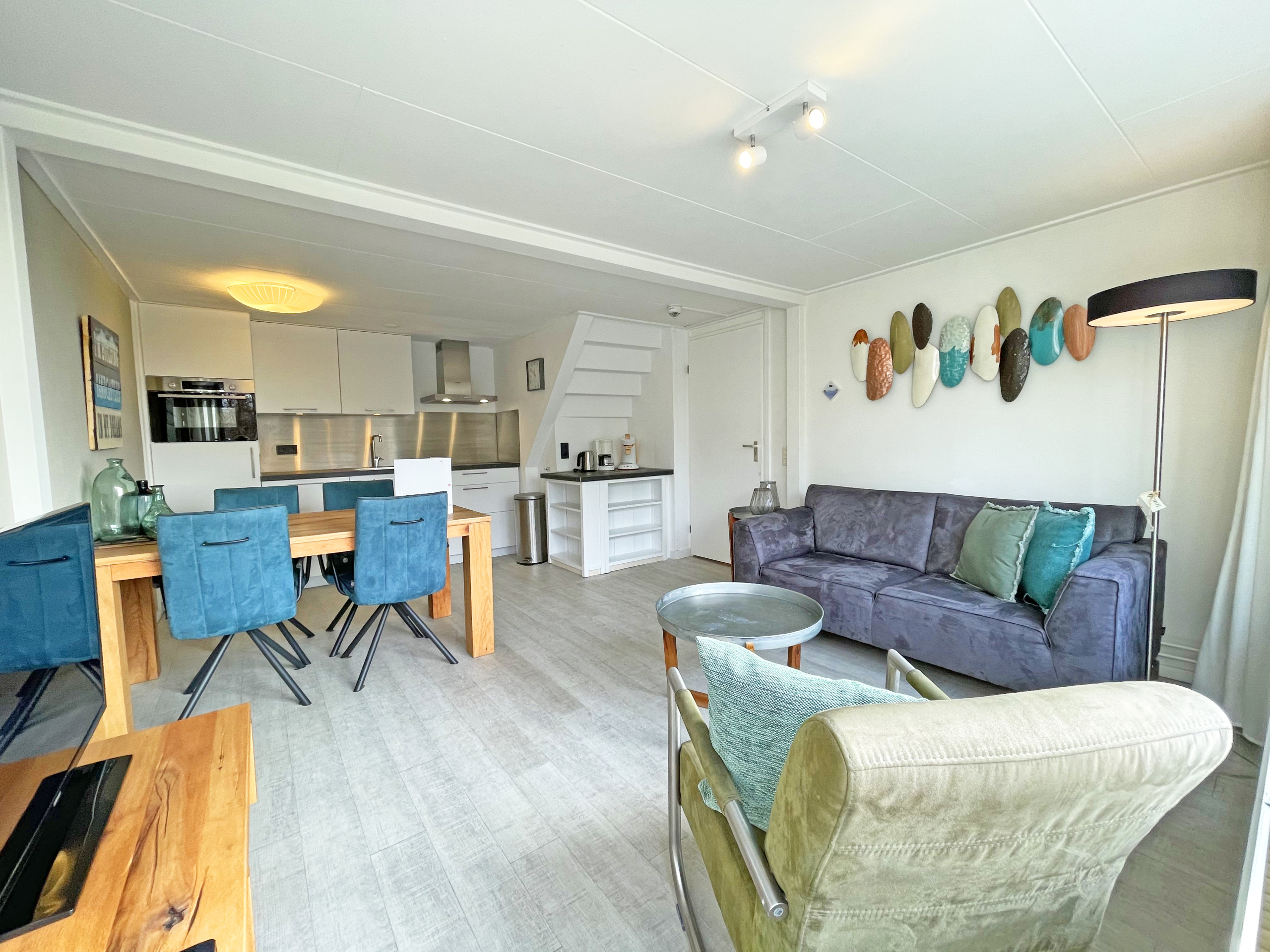 Nice holiday home in a complex 2 km from the beach