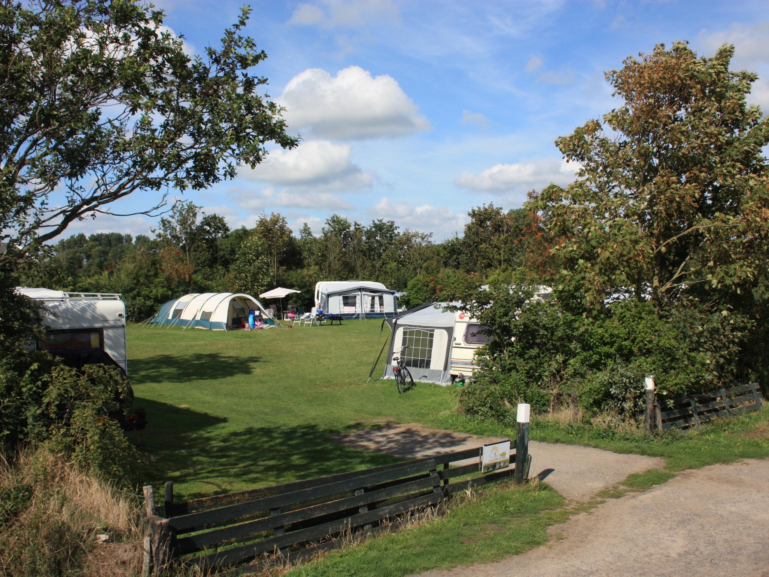 In Ruhe campen auf einem denkmalgeschützten Bauernhof bei Den Burg