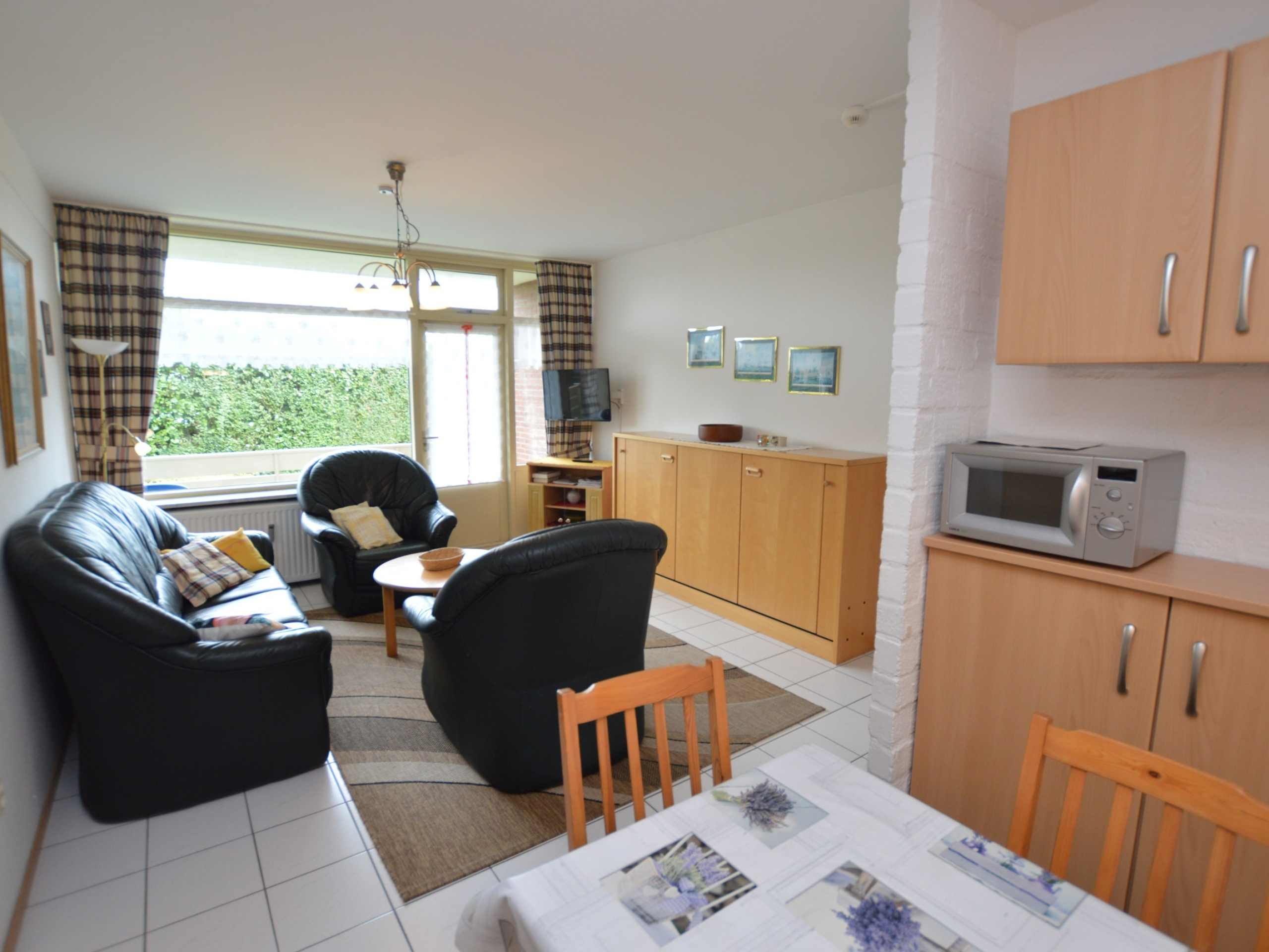 Fully furnished apartment with wonderful terrace near De Koog