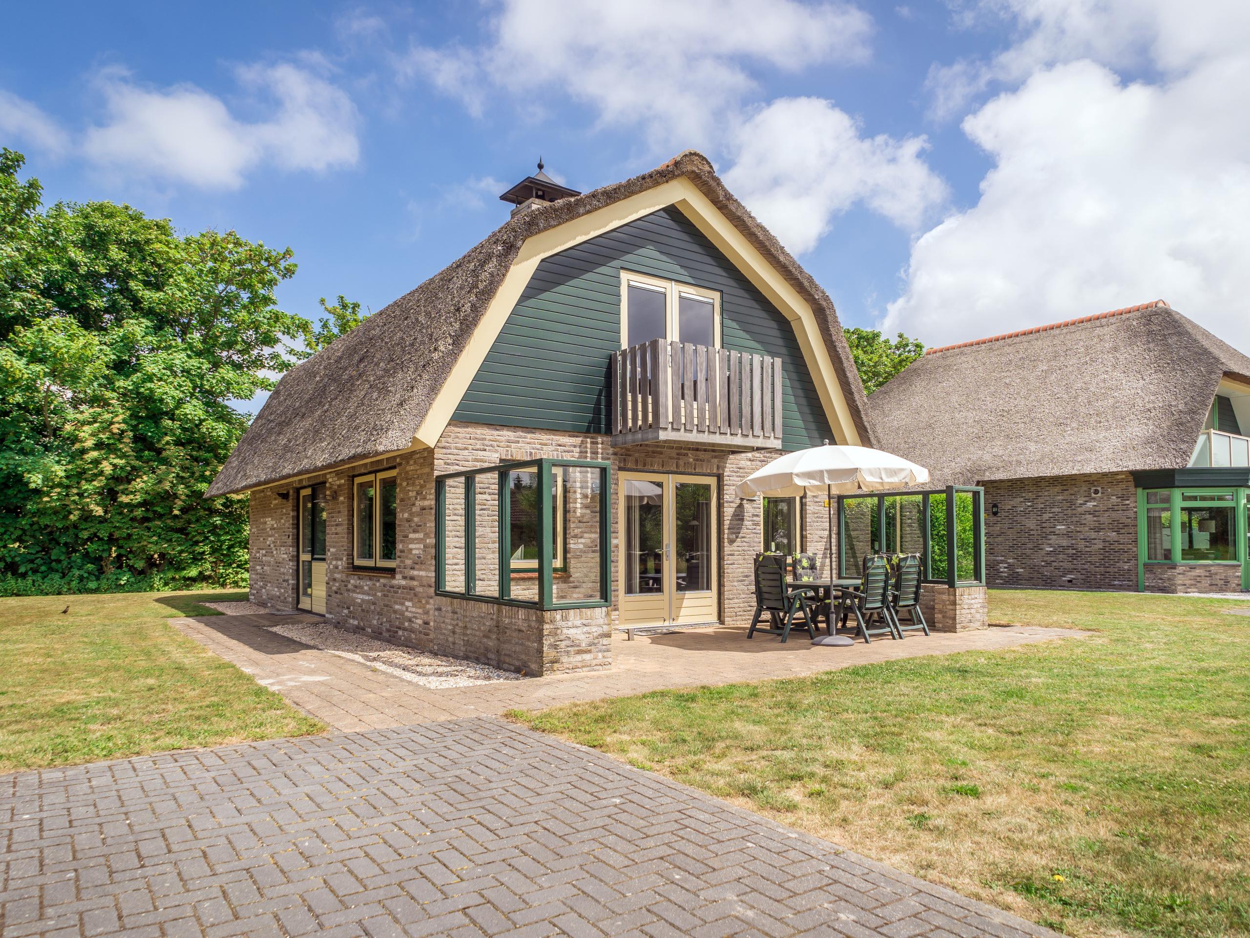 Stilvolle Luxusvilla nur wenige Gehminuten vom Wattenmeer in der Nähe von De Cocksdorp