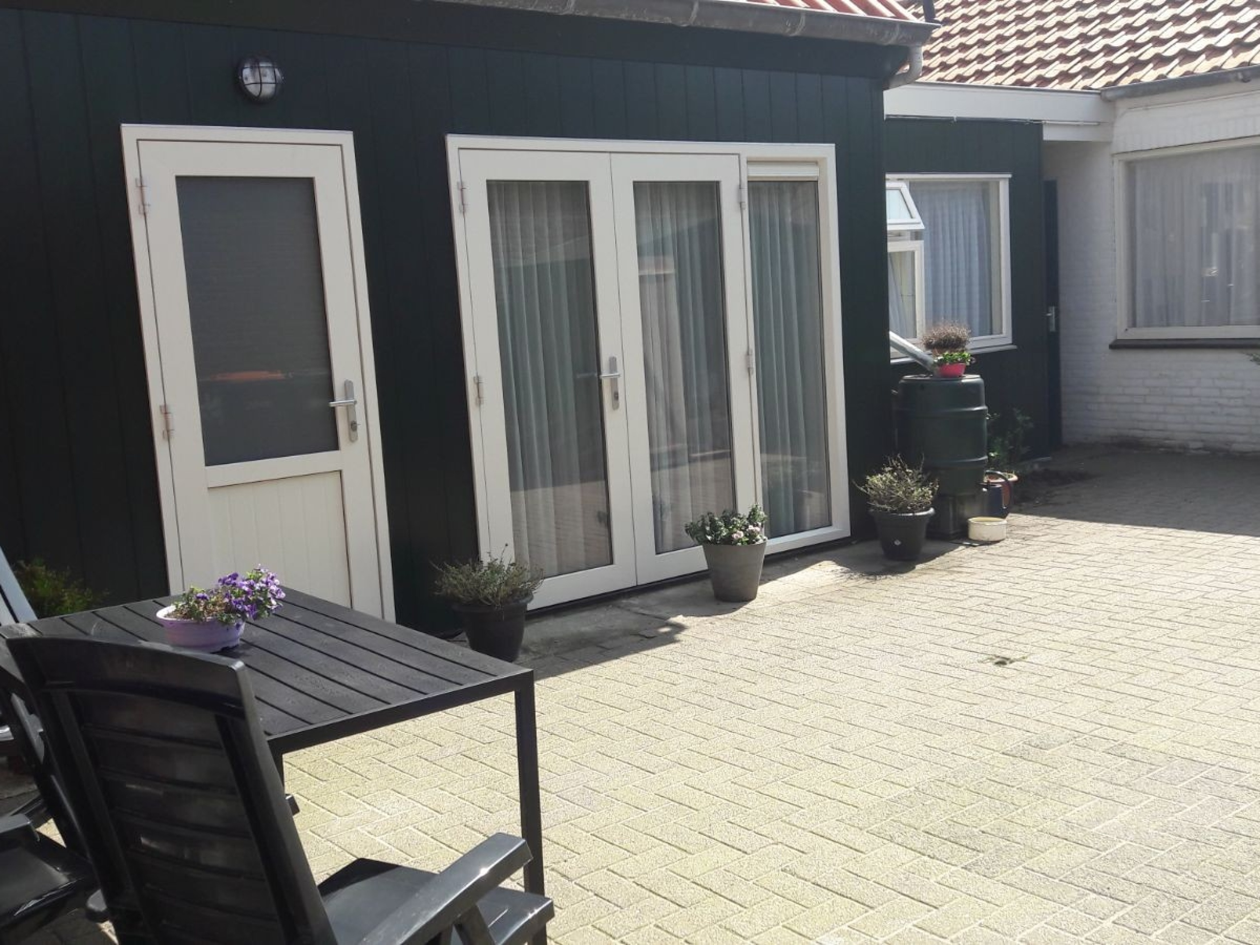 Nice holiday home ideally located within walking distance to the beach in De Koog