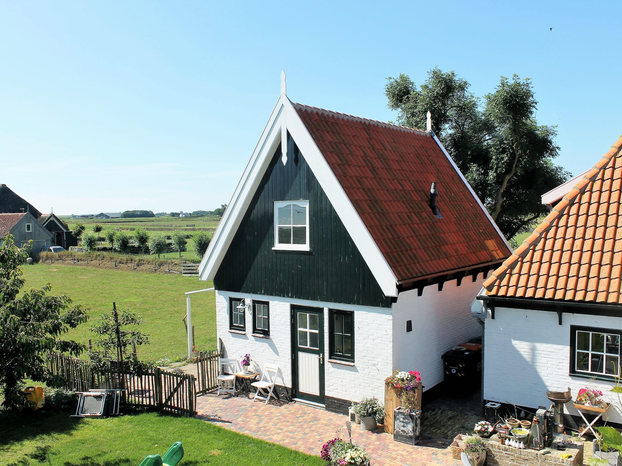 Ländlich gelegenes Ferienhaus mit weiter Aussicht bei Oosterend