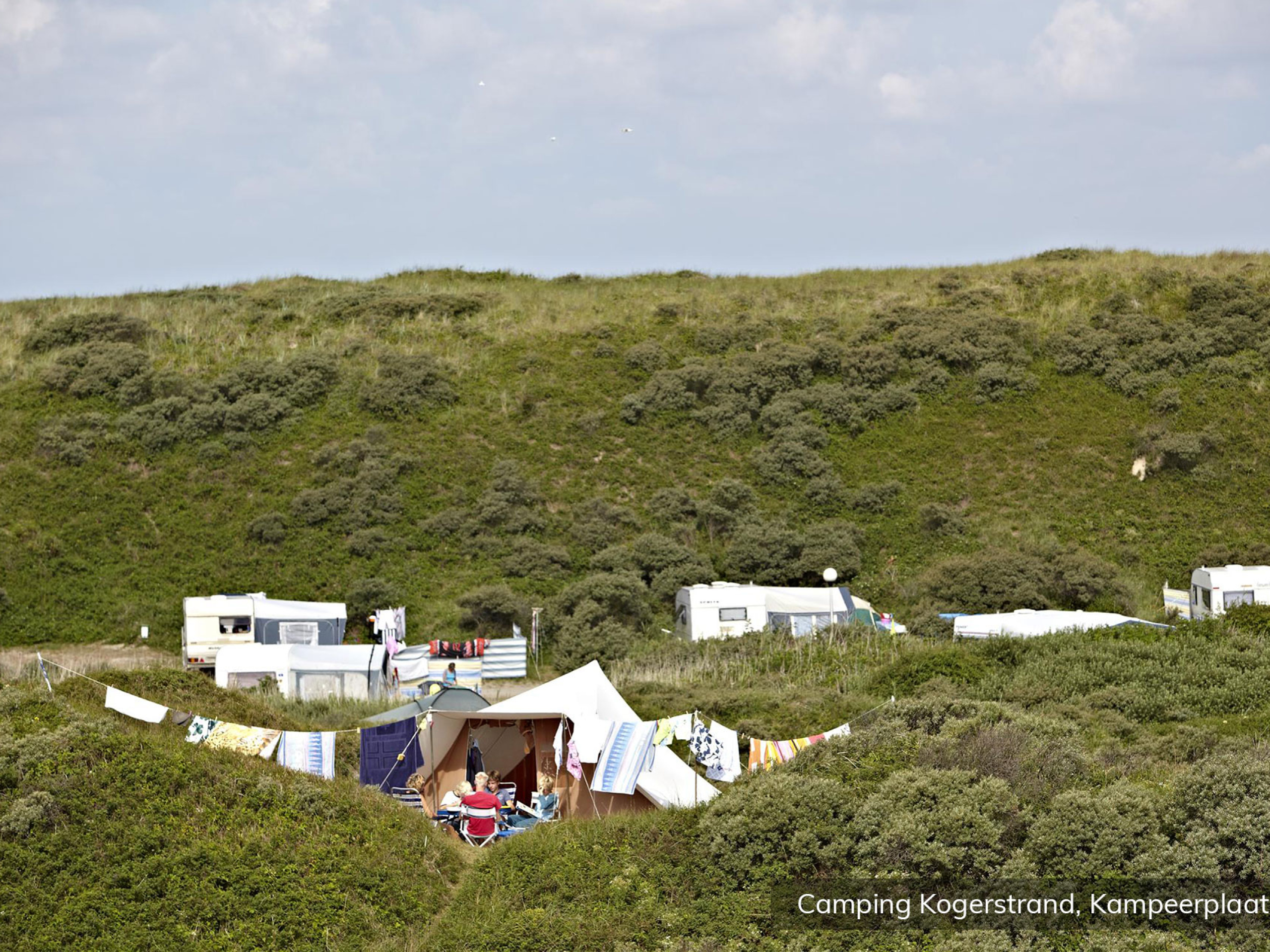 Camping in beautiful spot in the middle of the dunes of Texel in De Koog