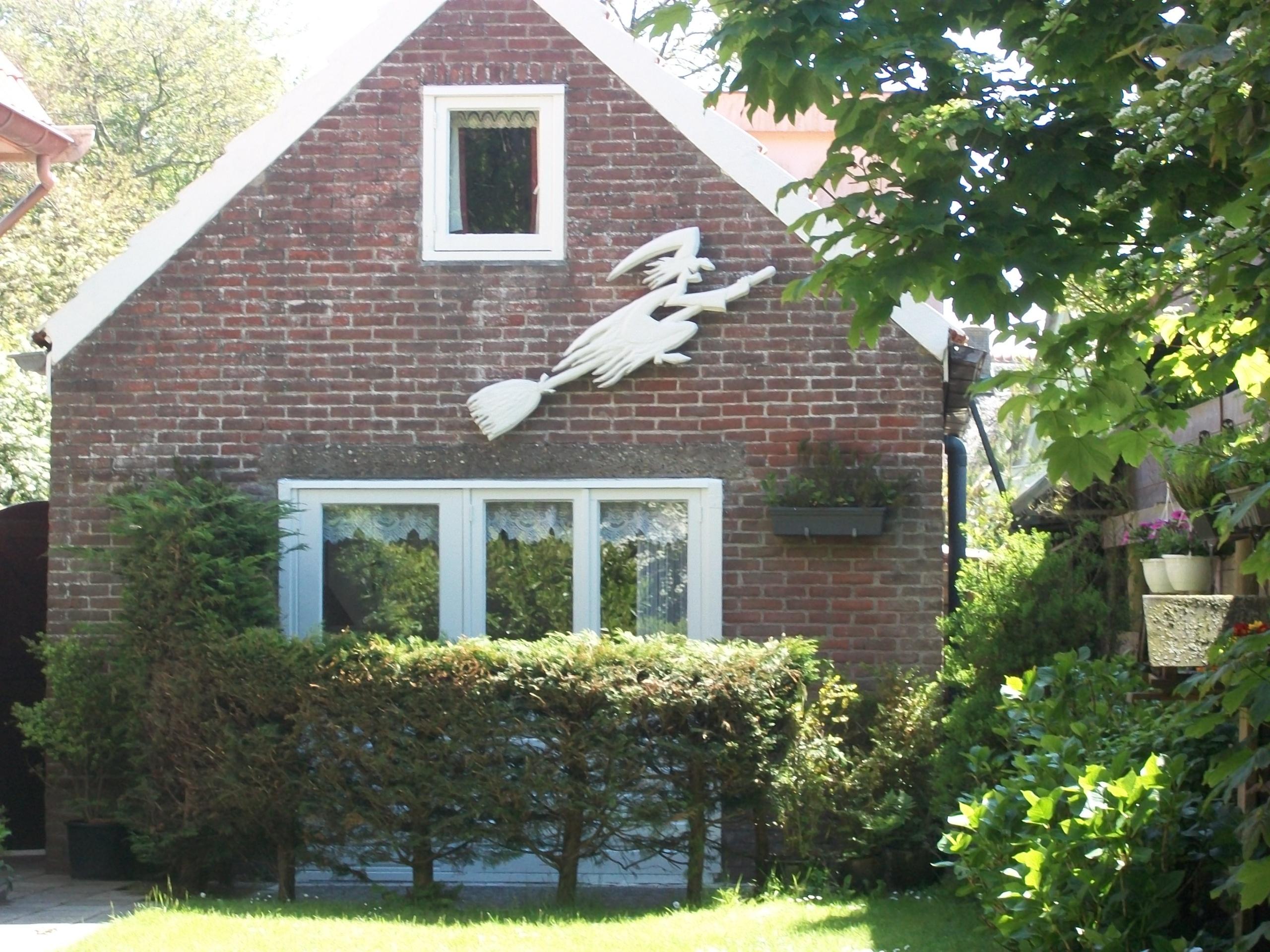 Freistehendes Ferienhaus am Waldrand bei De Koog