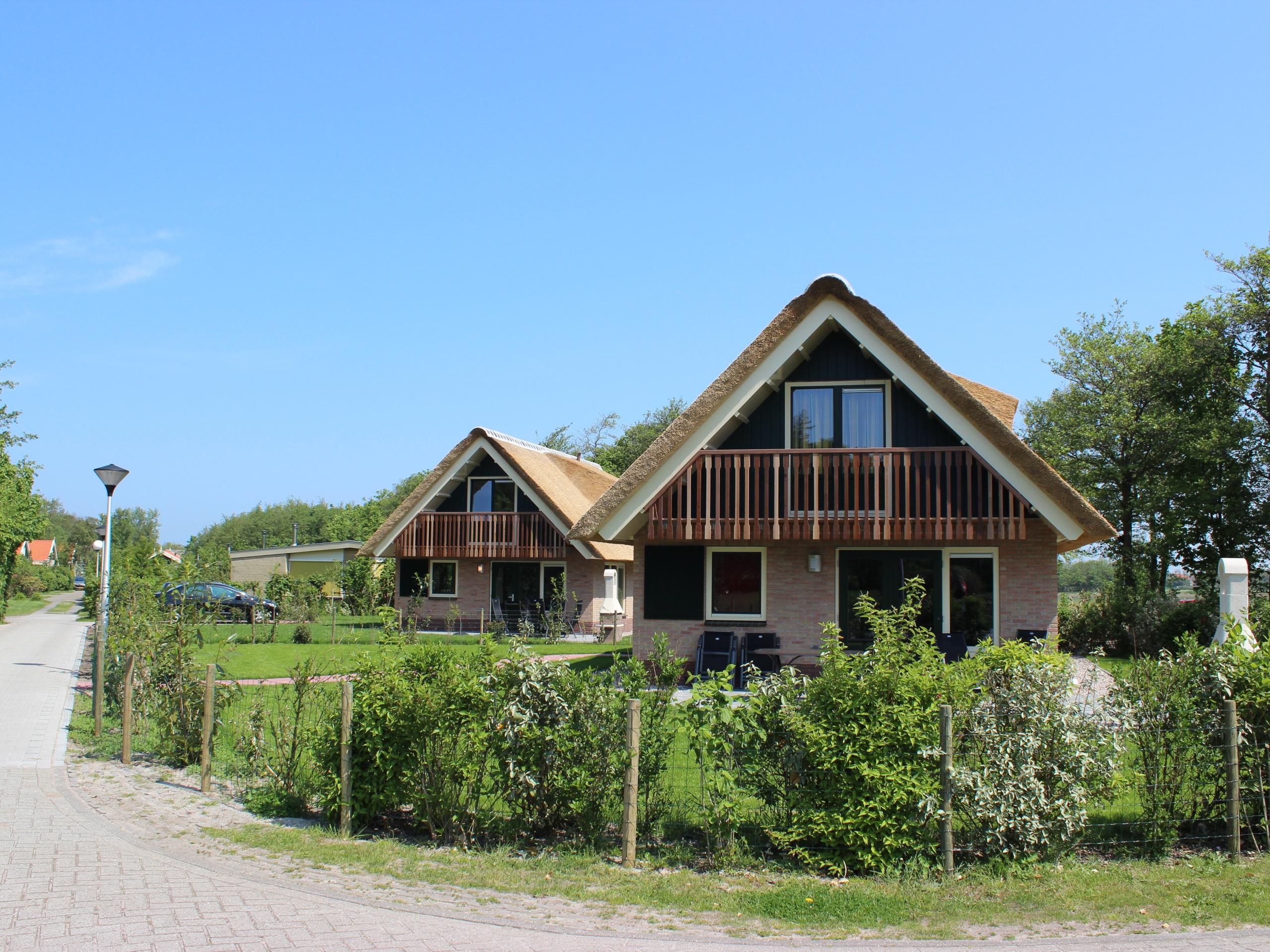 Luxe wellness vakantiehuis met veel privacy aan de rand van De Koog