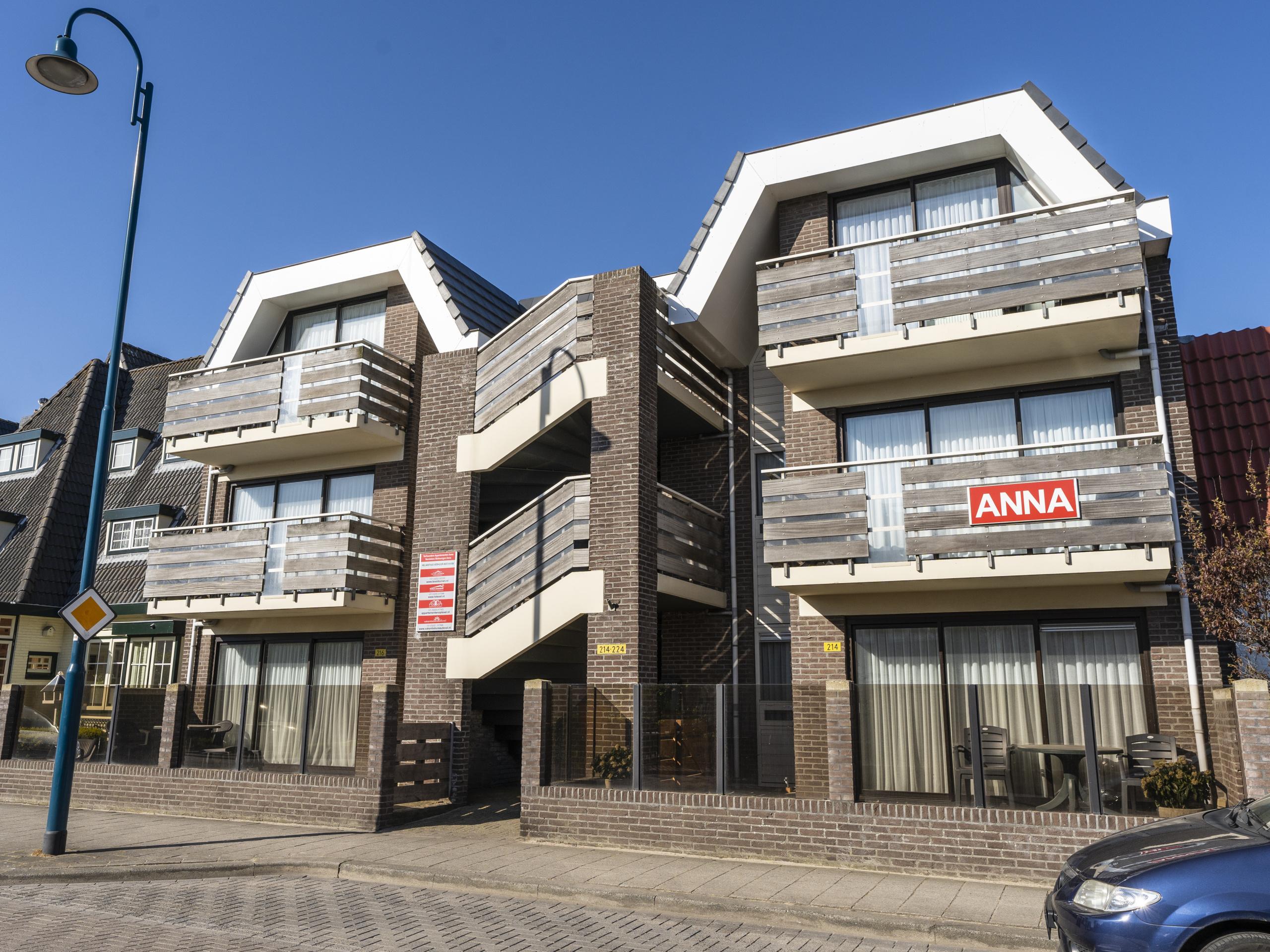 Onthaasten in stijlvol appartement vlakbij het strand in De Koog