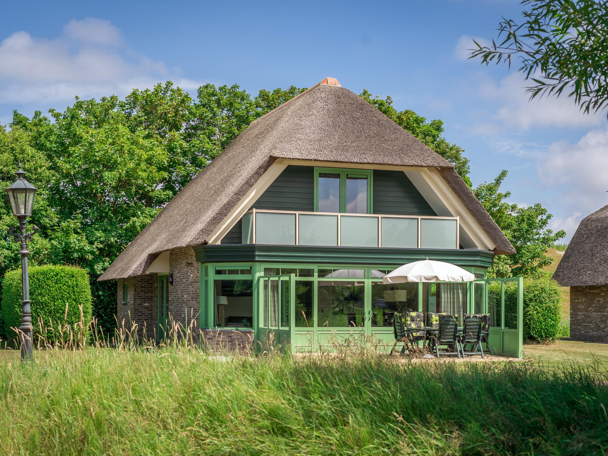 Luxe riante villa met veel comfort op een unieke locatie vlakbij De Cocksdorp