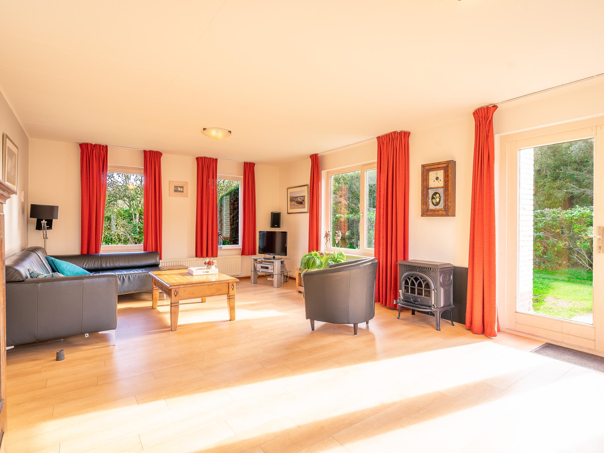 Comfortabel vakantiehuis met zonnige tuin aan de rand van De Koog