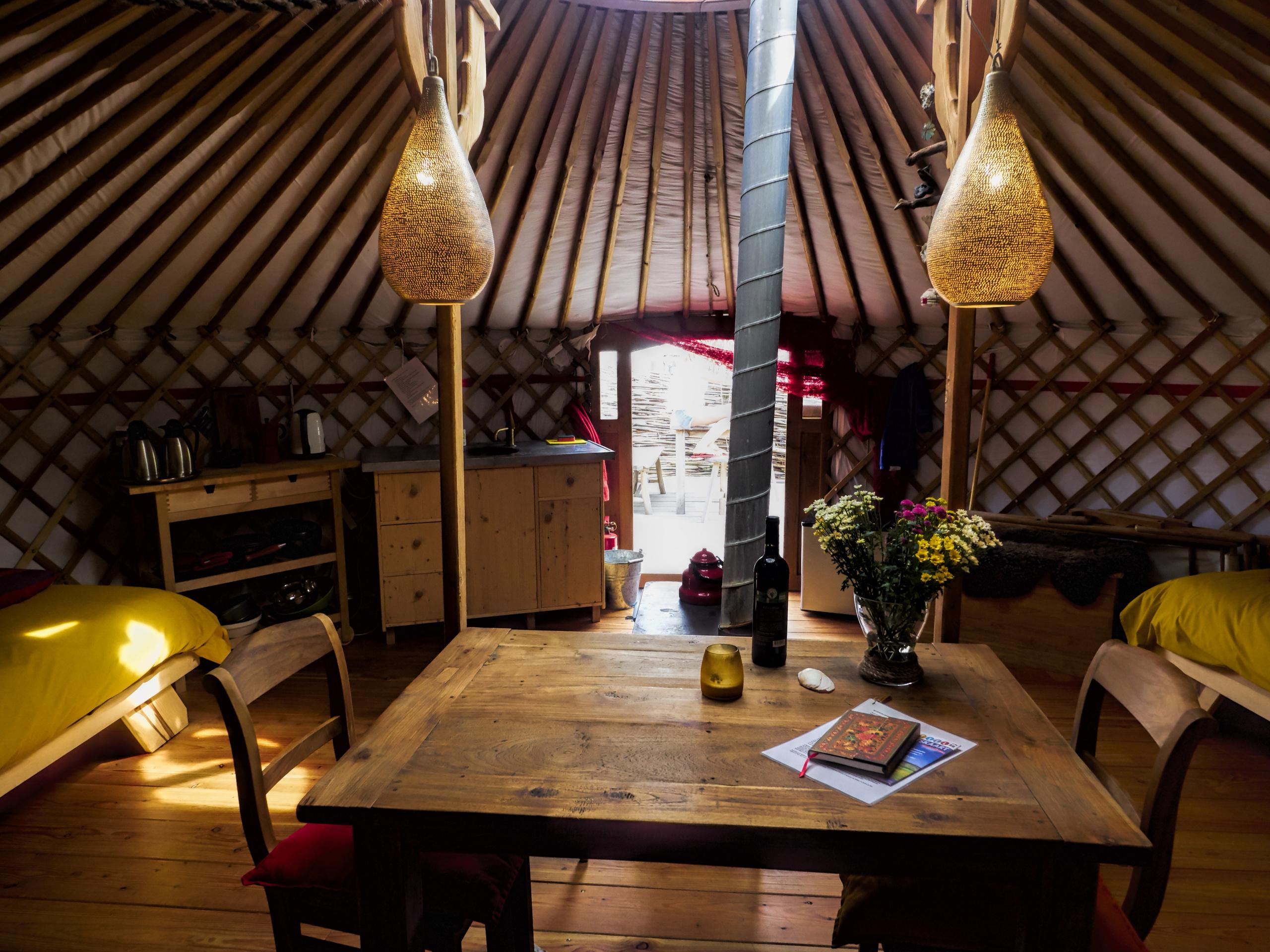 Luxuriöses gemütliches Yurt Nomadenwohnzelt in den Dünen bei Den Hoorn