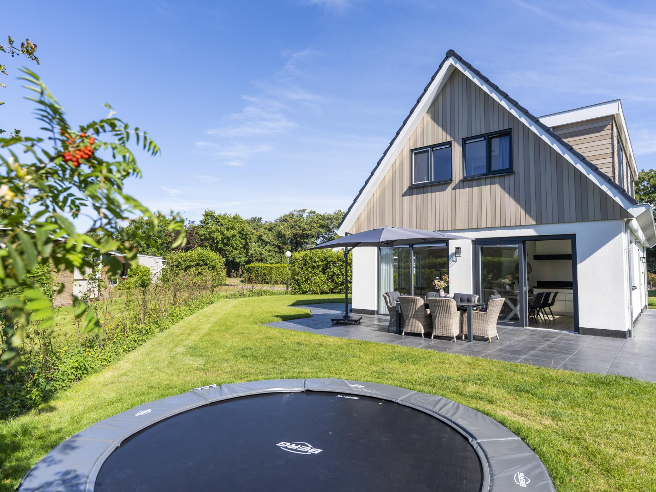 Luxe villa met whirlpool nabij De Koog, duinen en strand