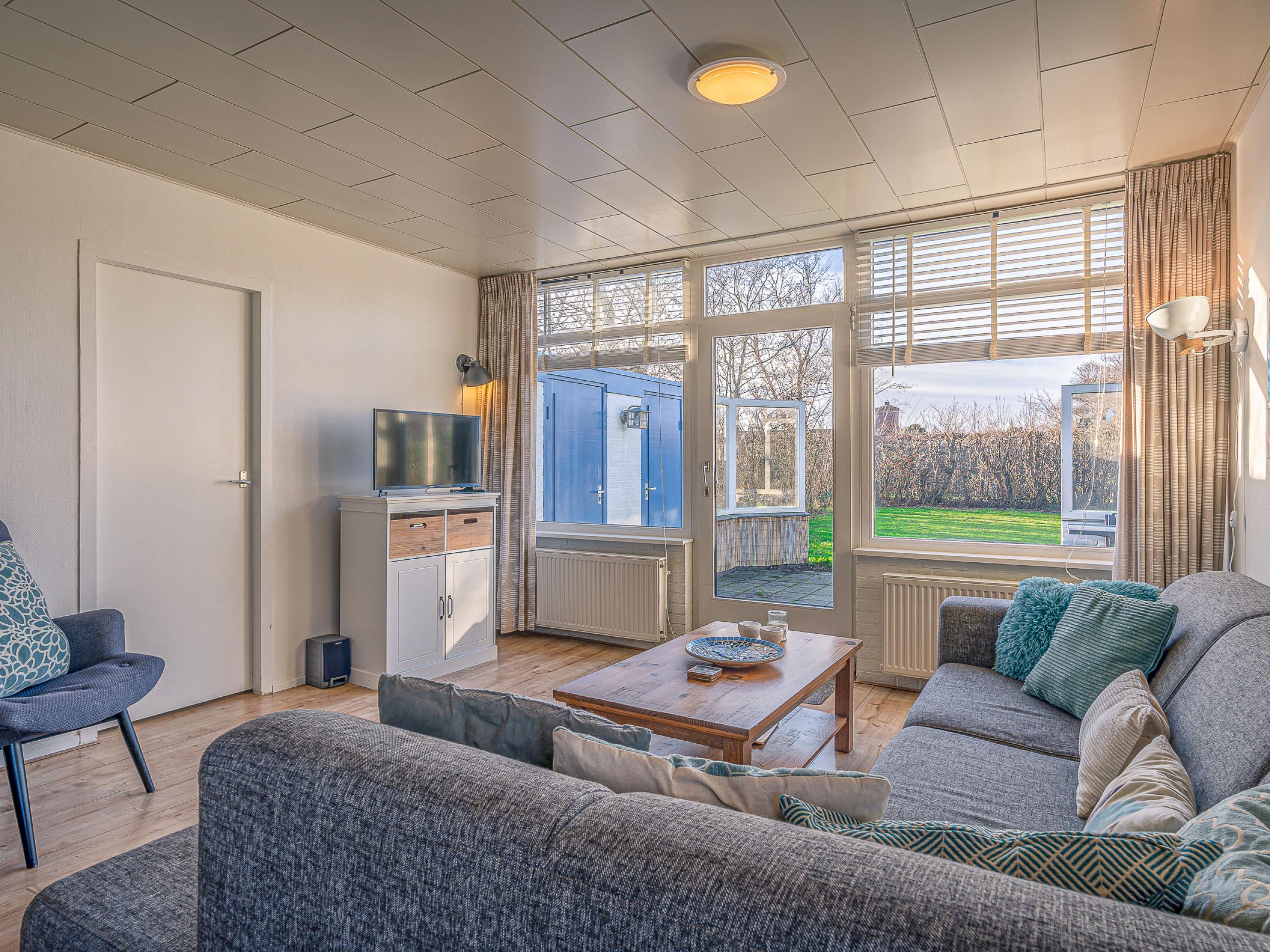 Bungalow met drie slaapkamers rustig in het Dennenbos met ruime tuin