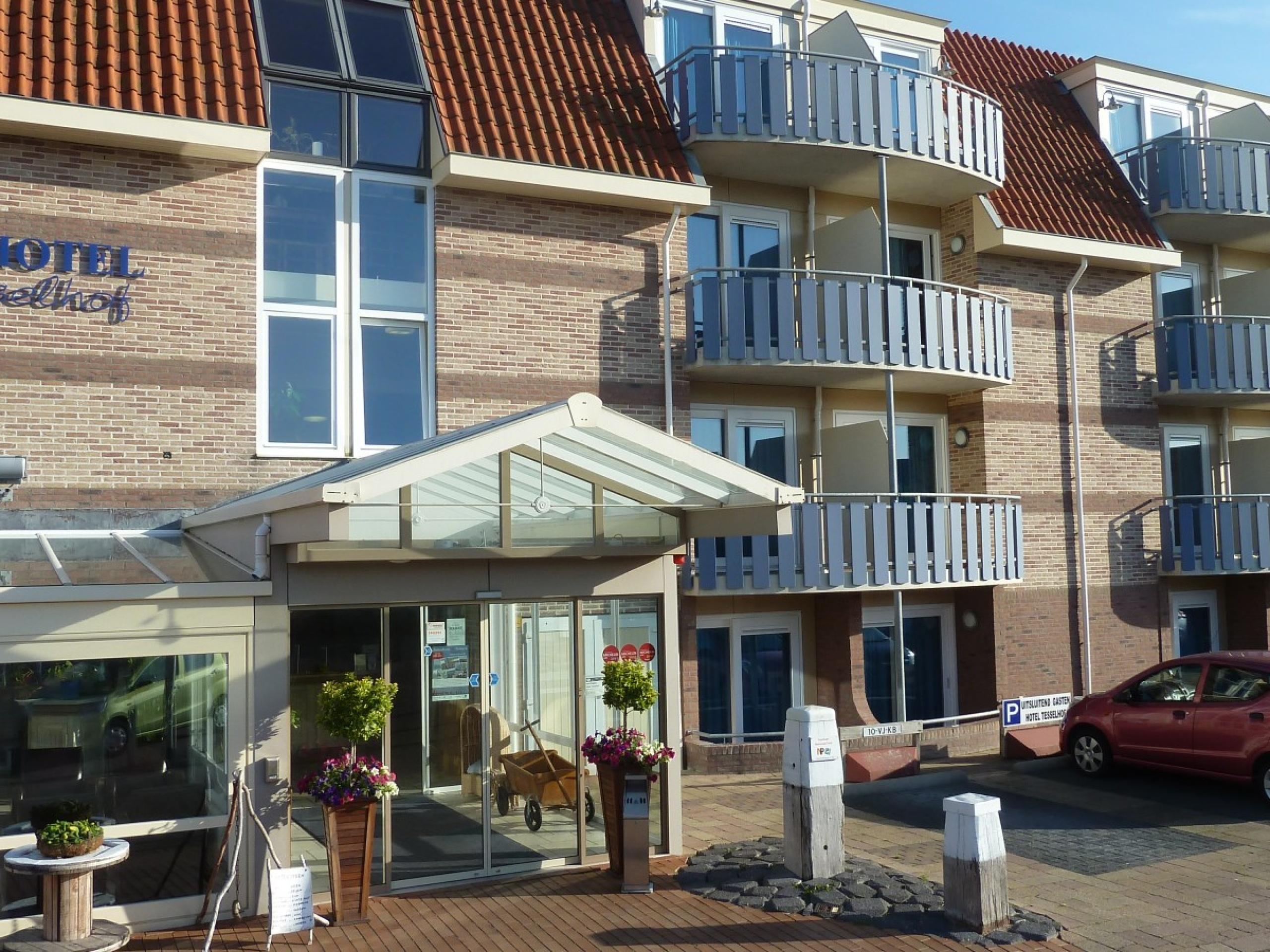 Luxe hotelsuite in De Koog met stoomdouchecabine
