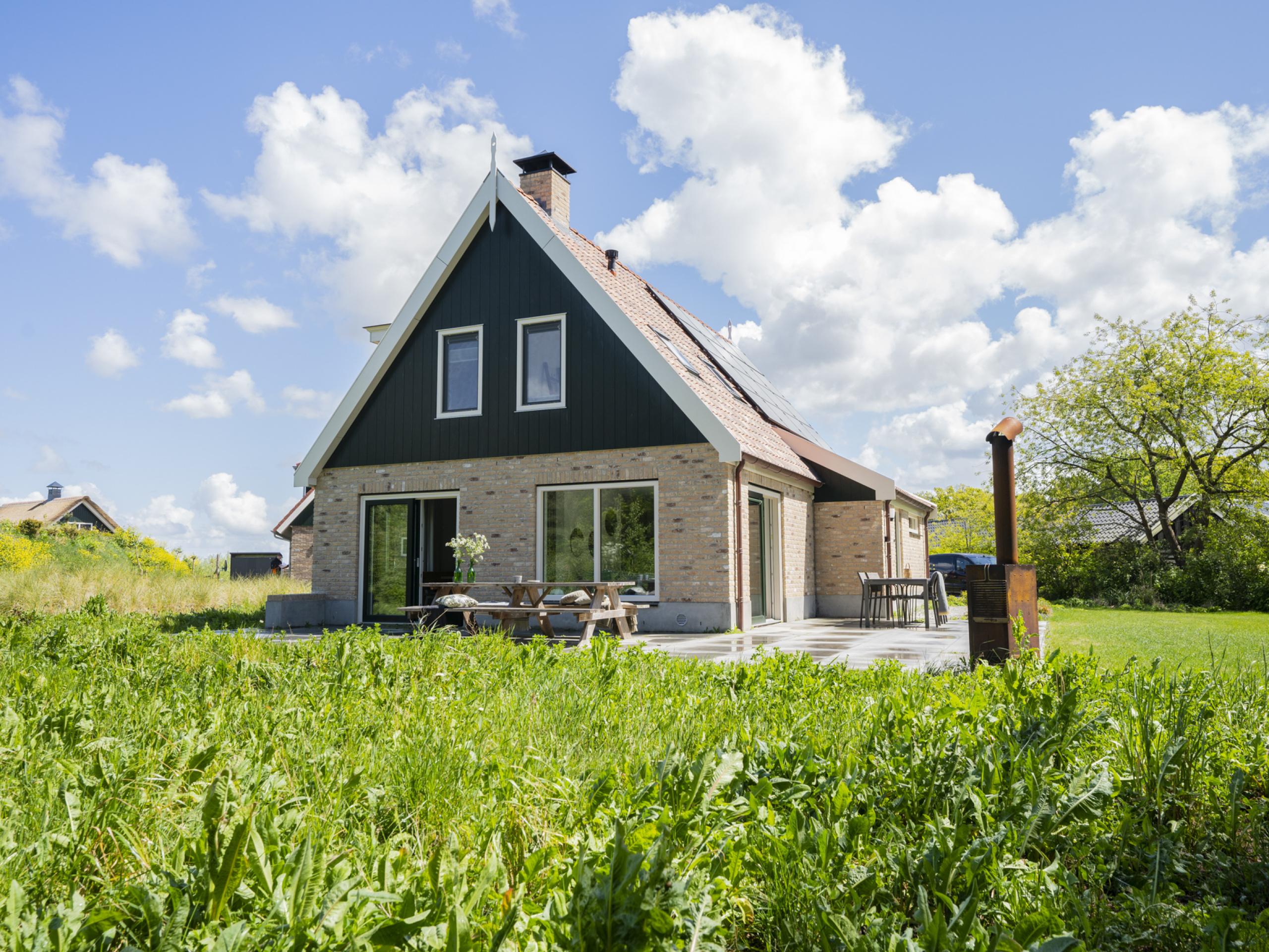 Geräumiges, luxuriöses Ferienhaus im Texelstil