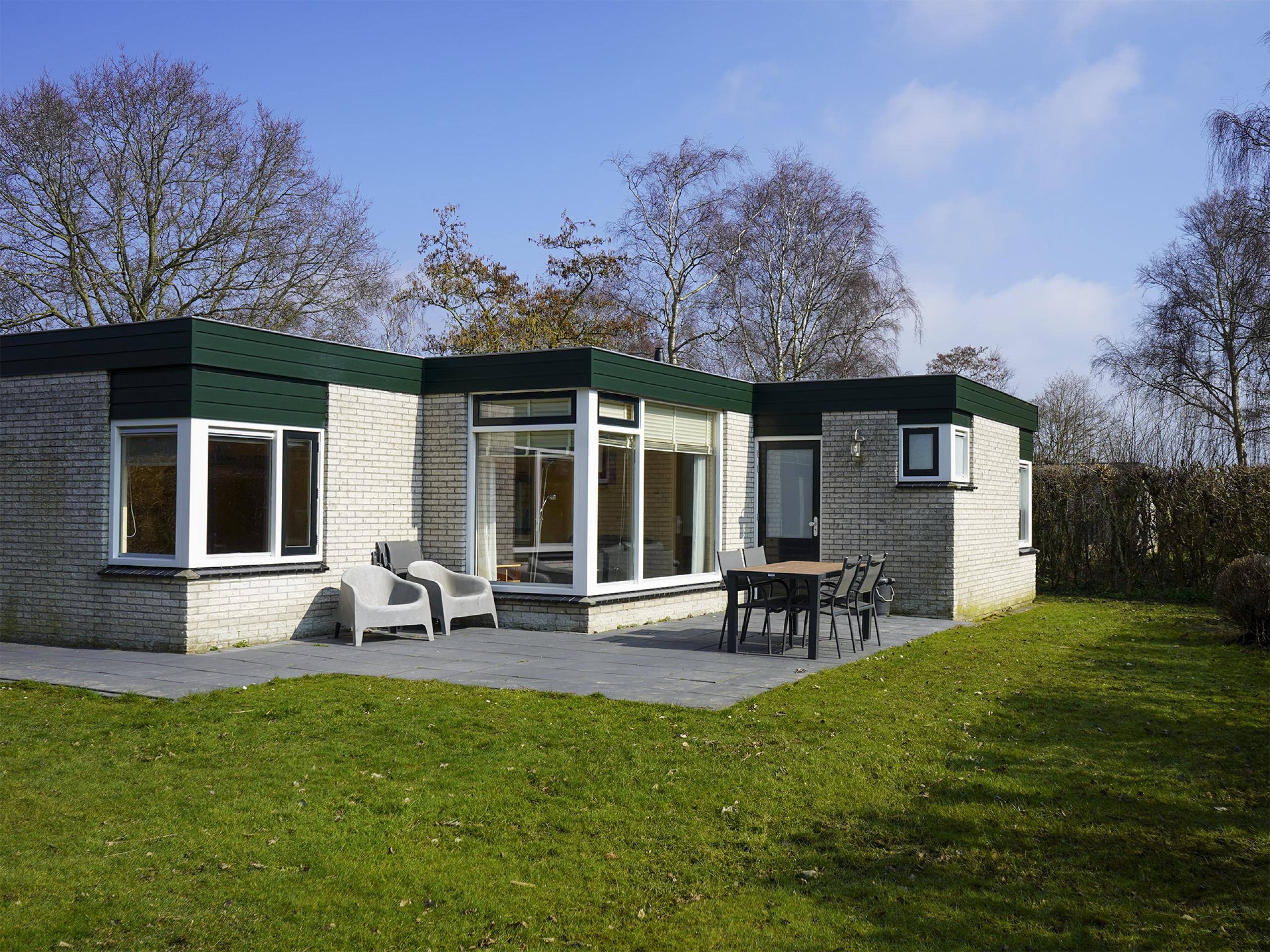 Heerlijk rustig gelegen bungalow aan de oostkant van Texel