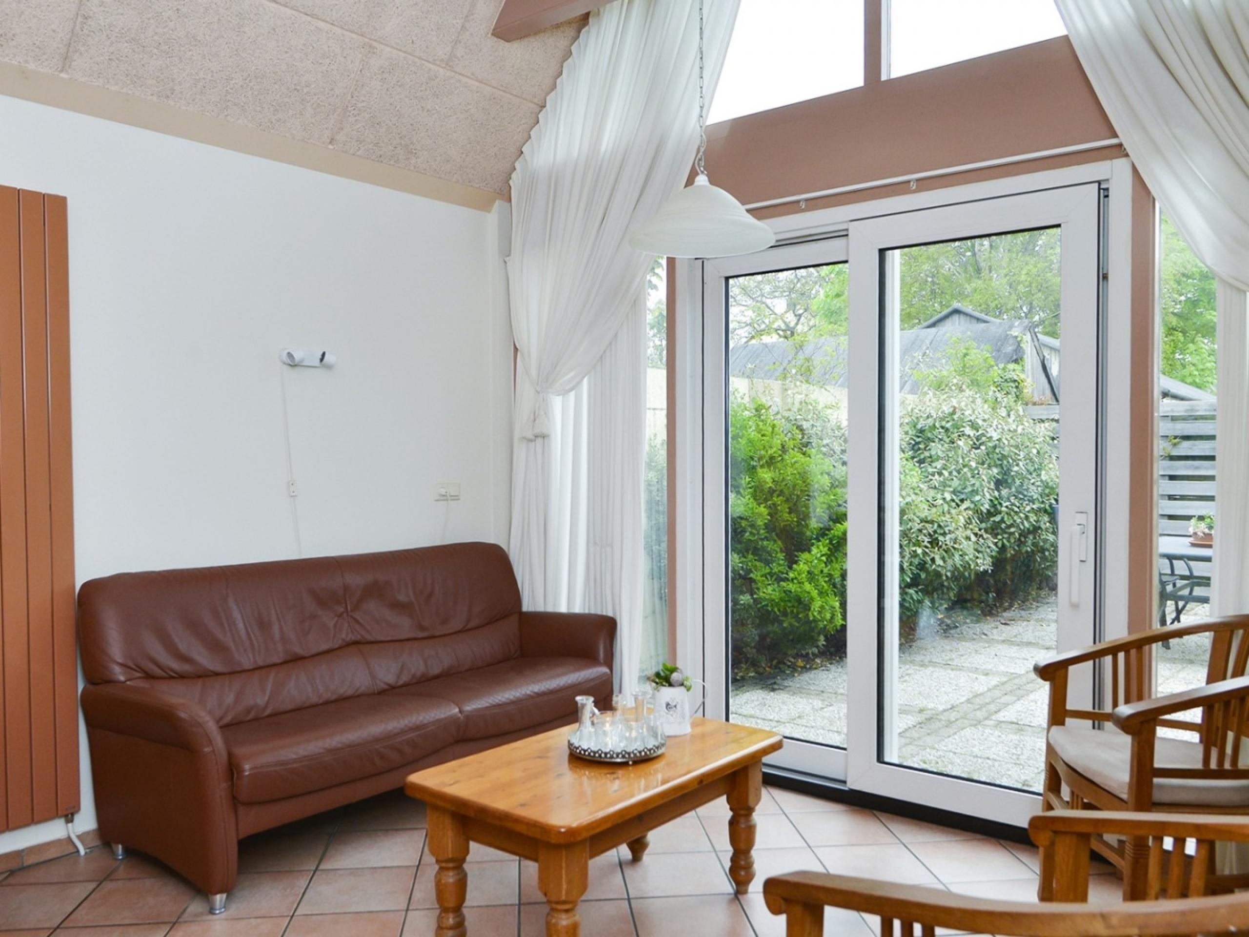 Rustig gelegen vakantiehuis met zonnig terras midden in Den Burg