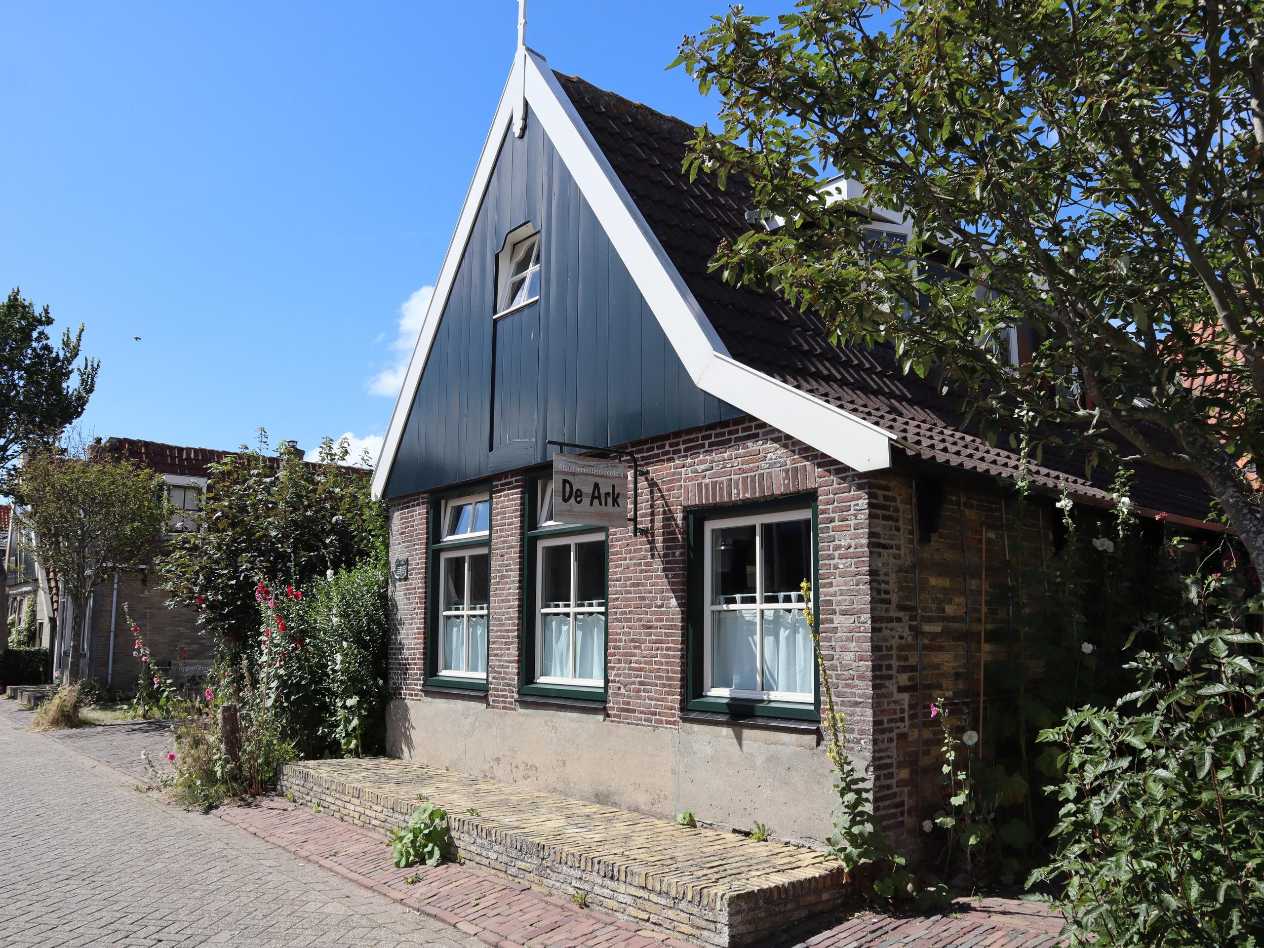 Appartement in monumentaal boerderij in Den Hoorn