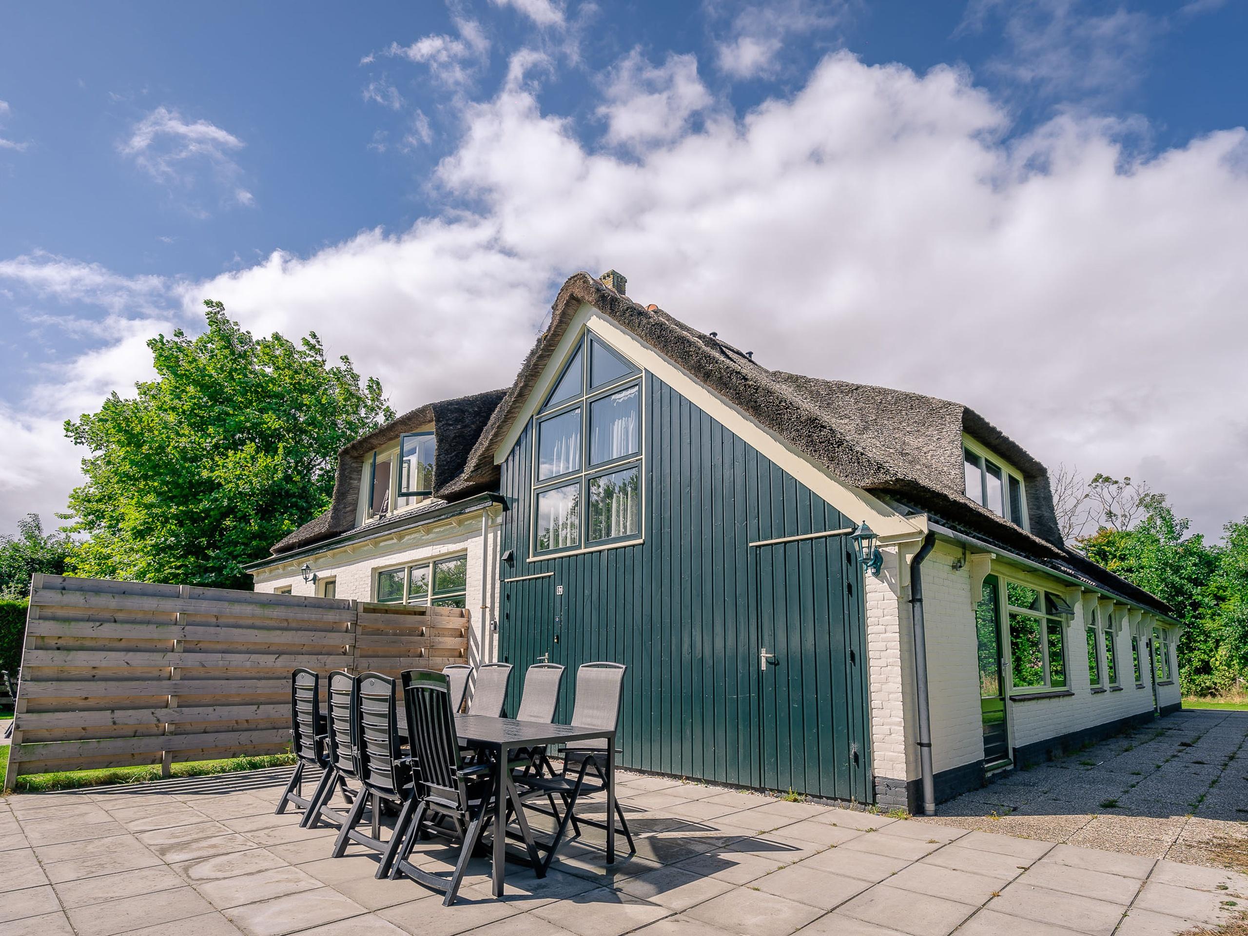 Heerlijk appartement in authentieke stolpboerderij bij De Koog