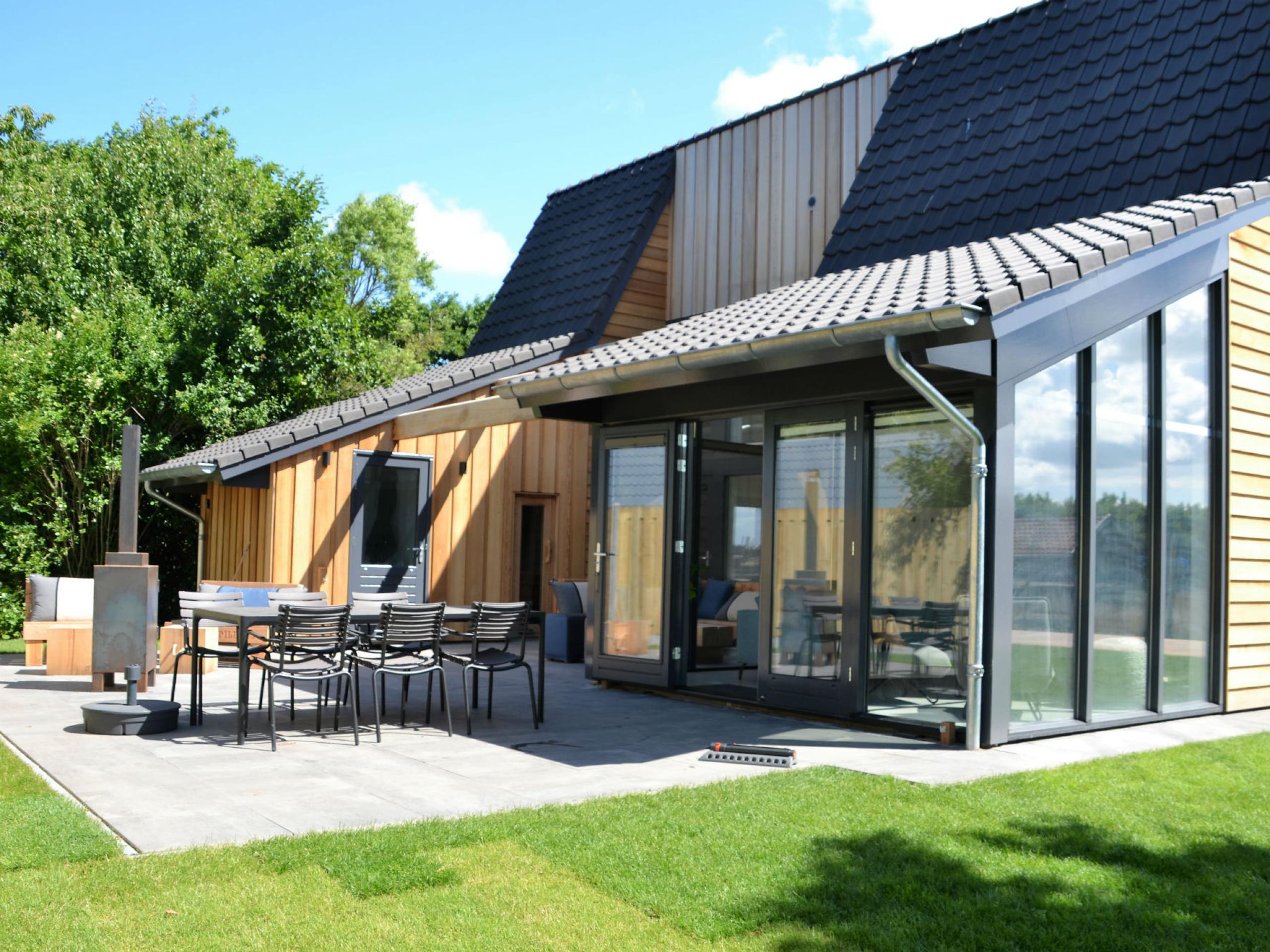 Nieuw gebouwde vrijstaande vakantievilla met sauna