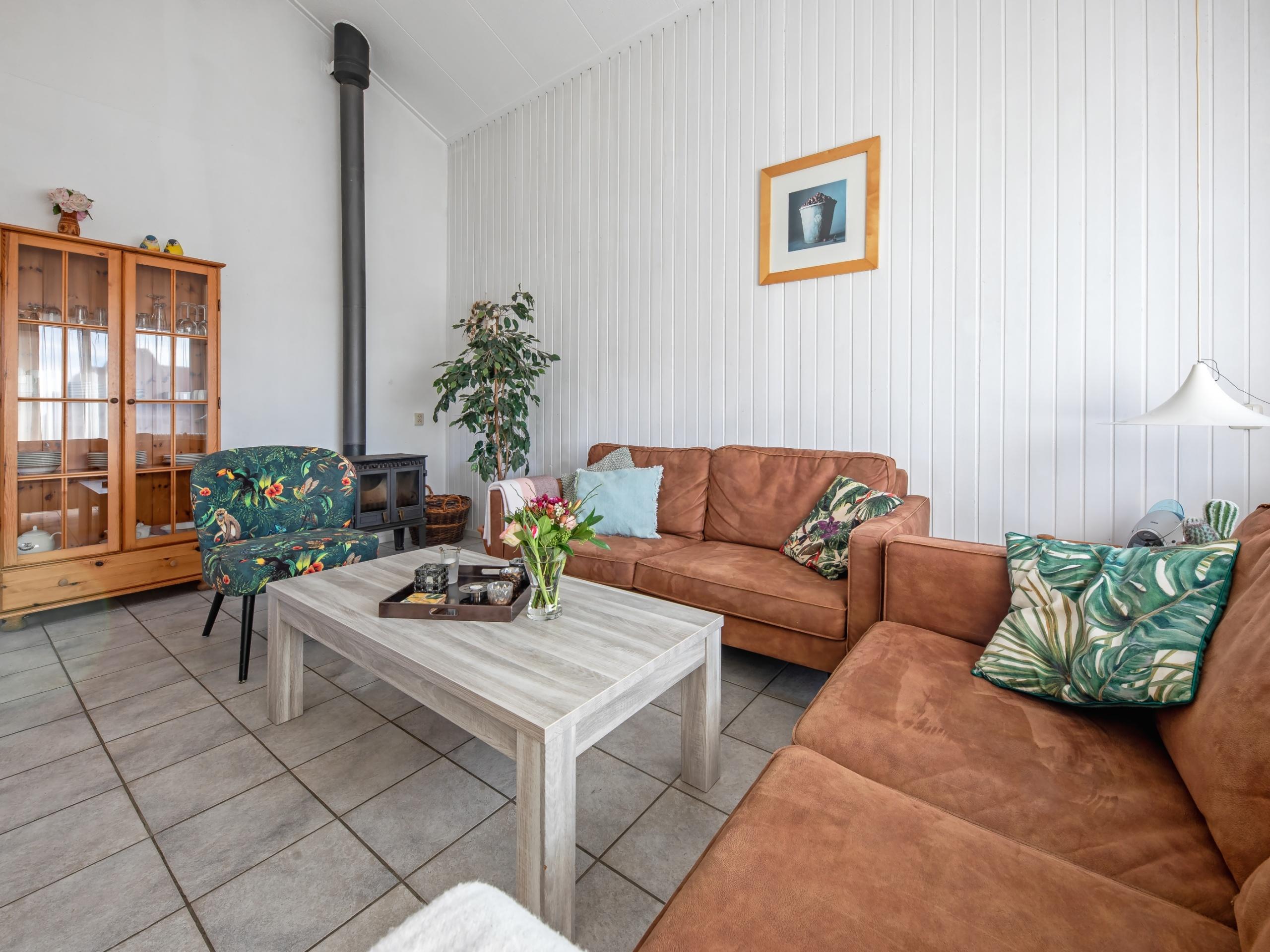 Komfortables Appartement mit sonnigem Balkon Meeresnähe in De Koog
