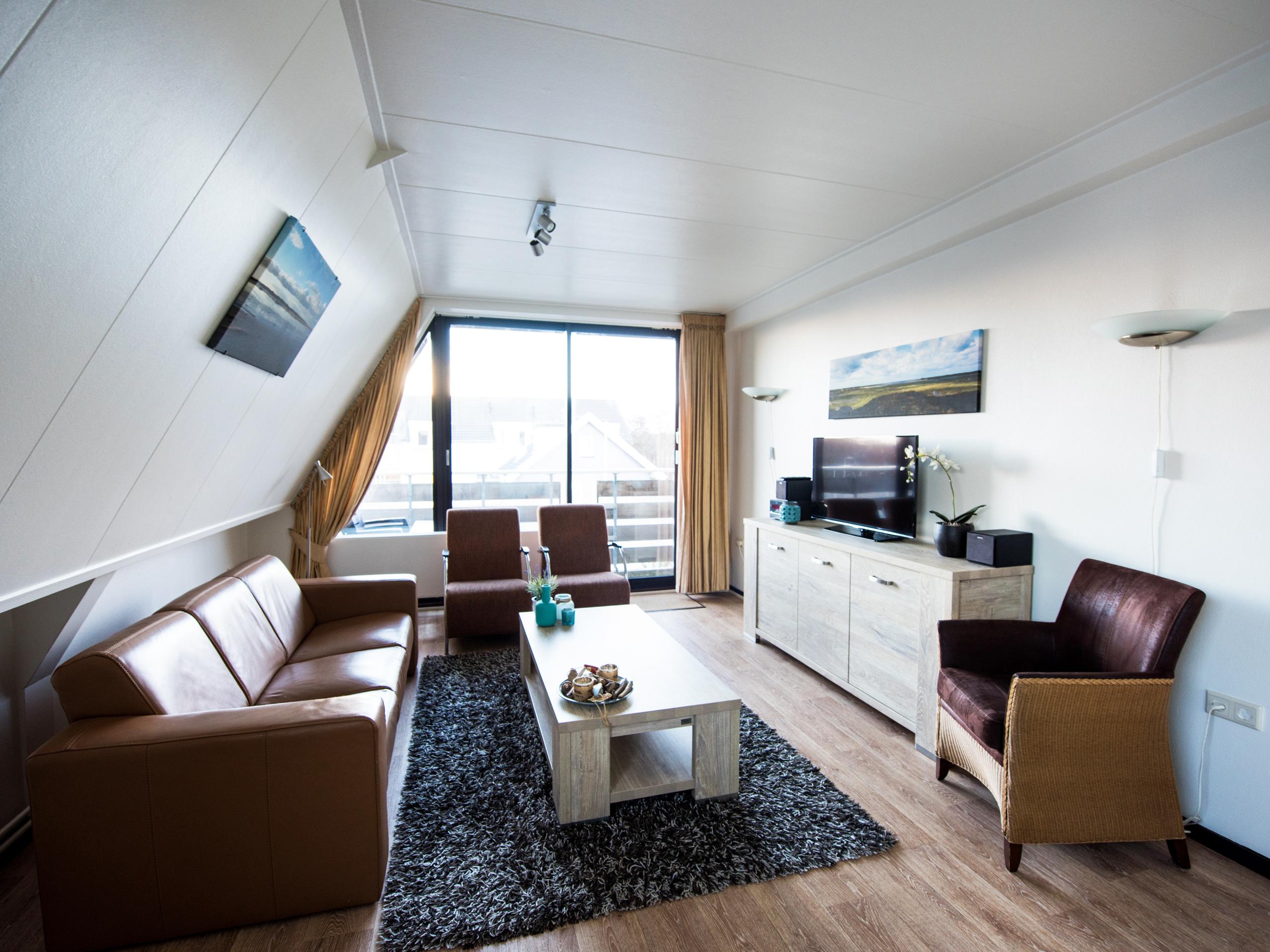 Genieten in sfeervol appartement met sauna en balkon in De Koog